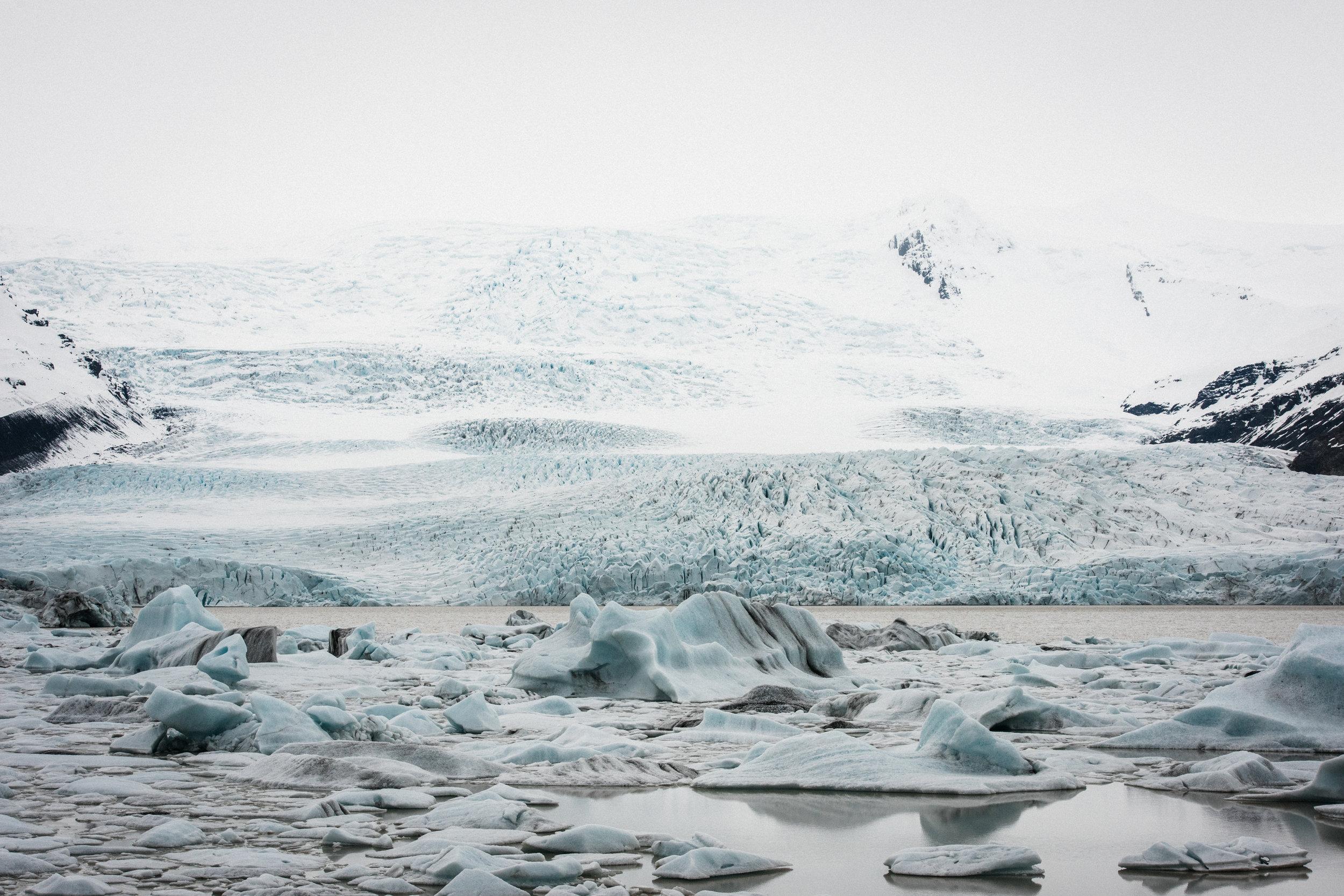 ICELAND_WOMAN_PHOTOGRAPHER_TARASHUPE_OUTDOOR_PHOTOGRAPHY_065.jpg
