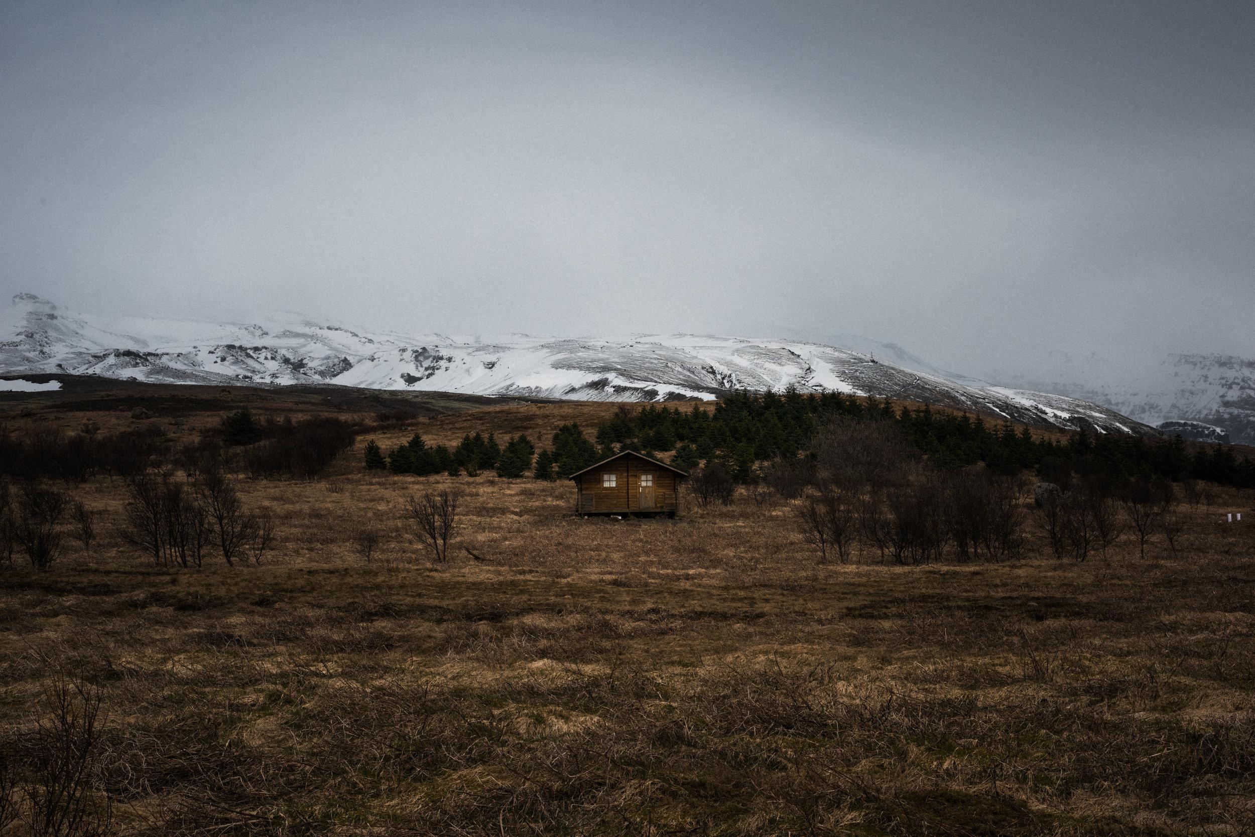 ICELAND_WOMAN_PHOTOGRAPHER_TARASHUPE_OUTDOOR_PHOTOGRAPHY_108.jpg