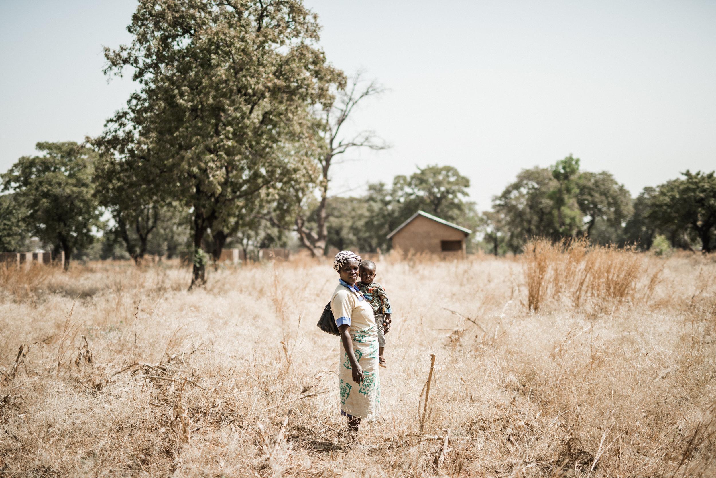 TaraShupe_HumanitarianPhotographer_Woman_Photographer_National_Geographic_Ghana_Women_012.jpg