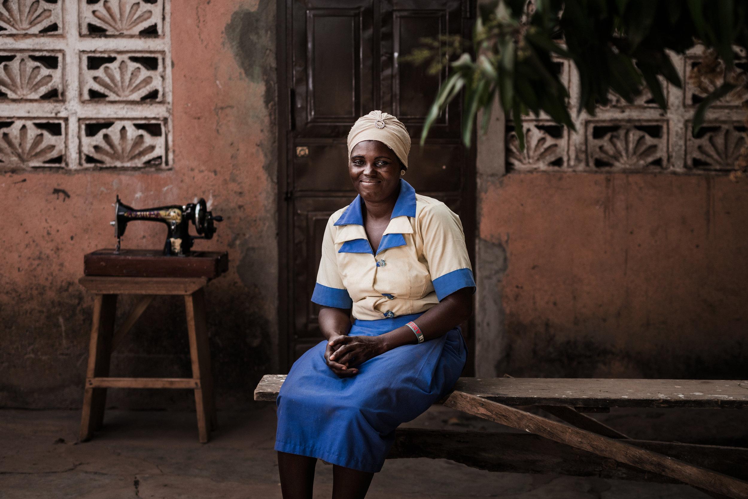 TaraShupe_HumanitarianPhotographer_Woman_Photographer_National_Geographic_Ghana_Women_064.jpg