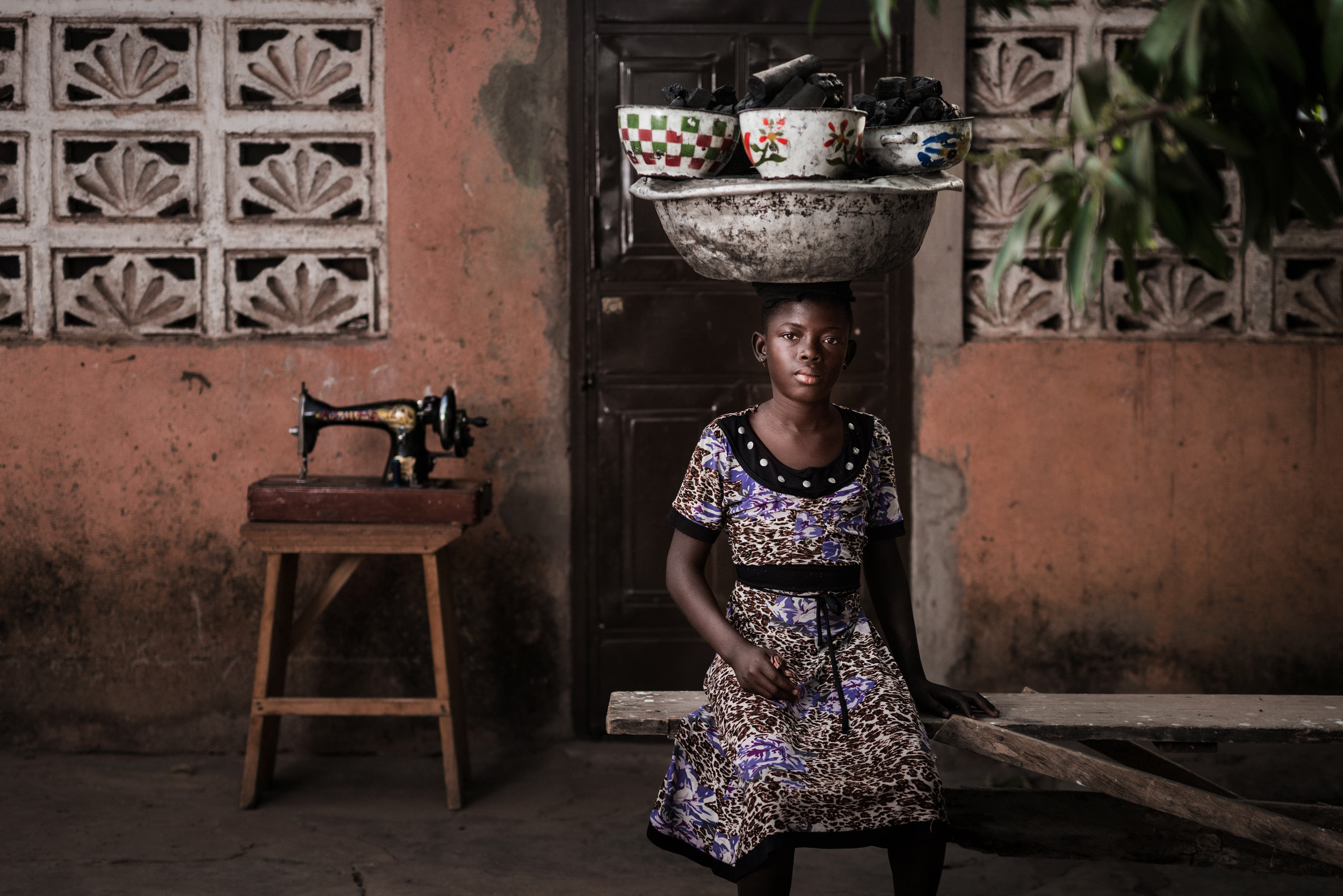 TaraShupe_HumanitarianPhotographer_Woman_Photographer_National_Geographic_Ghana_Women_067.jpg