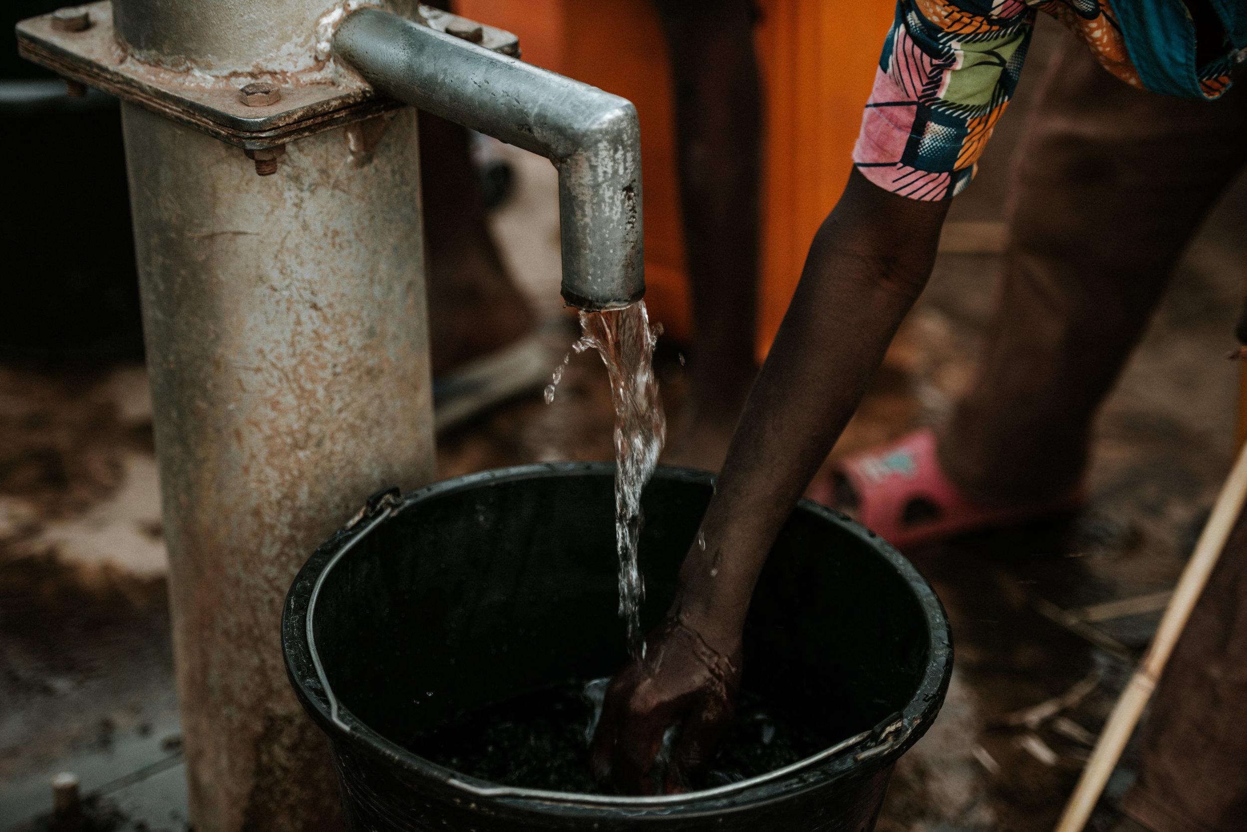 GHANA_AFRICA_HUMANITARIAN_PHOTOGRAPHY_TaraShupe_DSC_1678.jpg