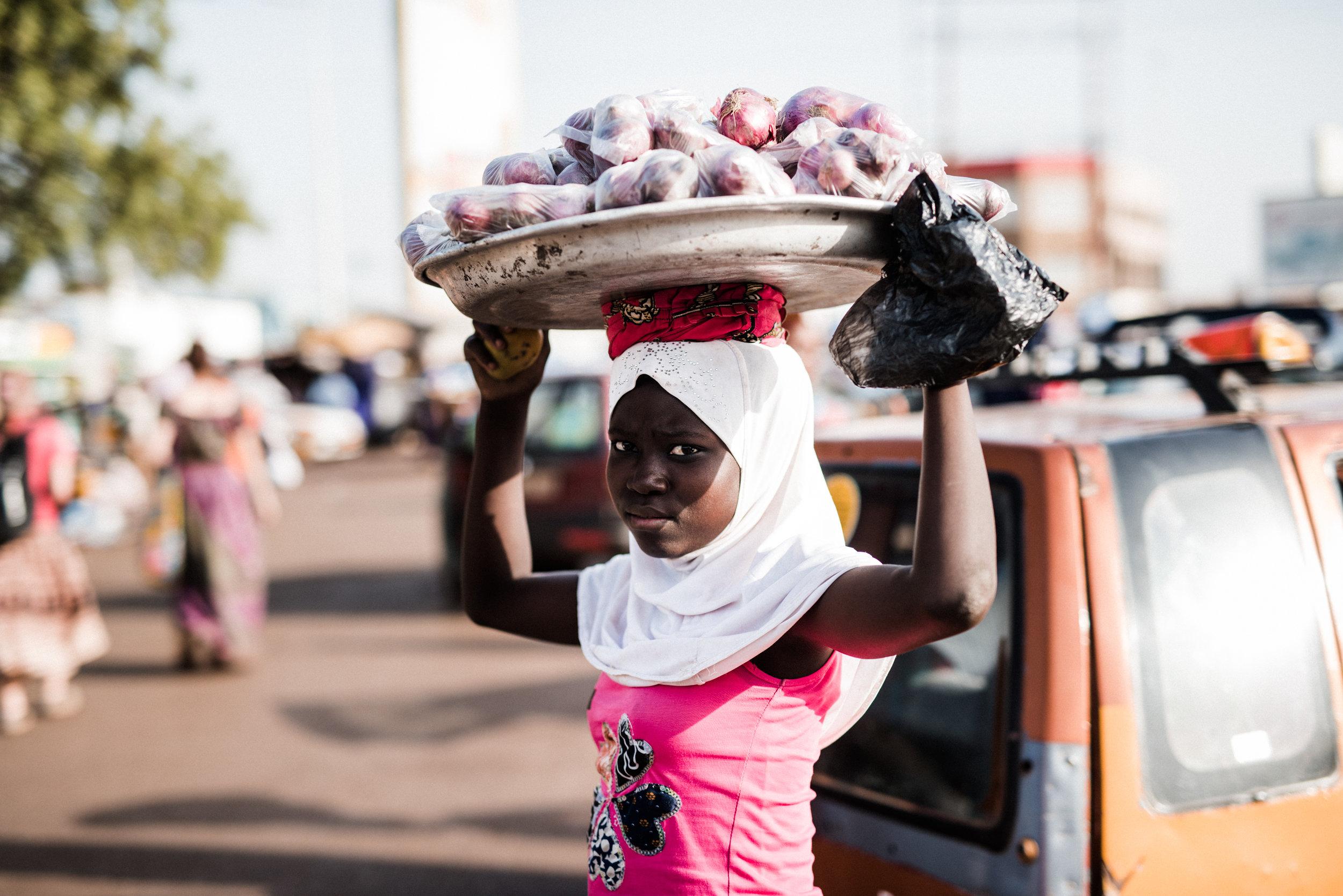 TaraShupe_HumanitarianPhotographer_Woman_Photographer_National_Geographic_Ghana_Women_052.jpg