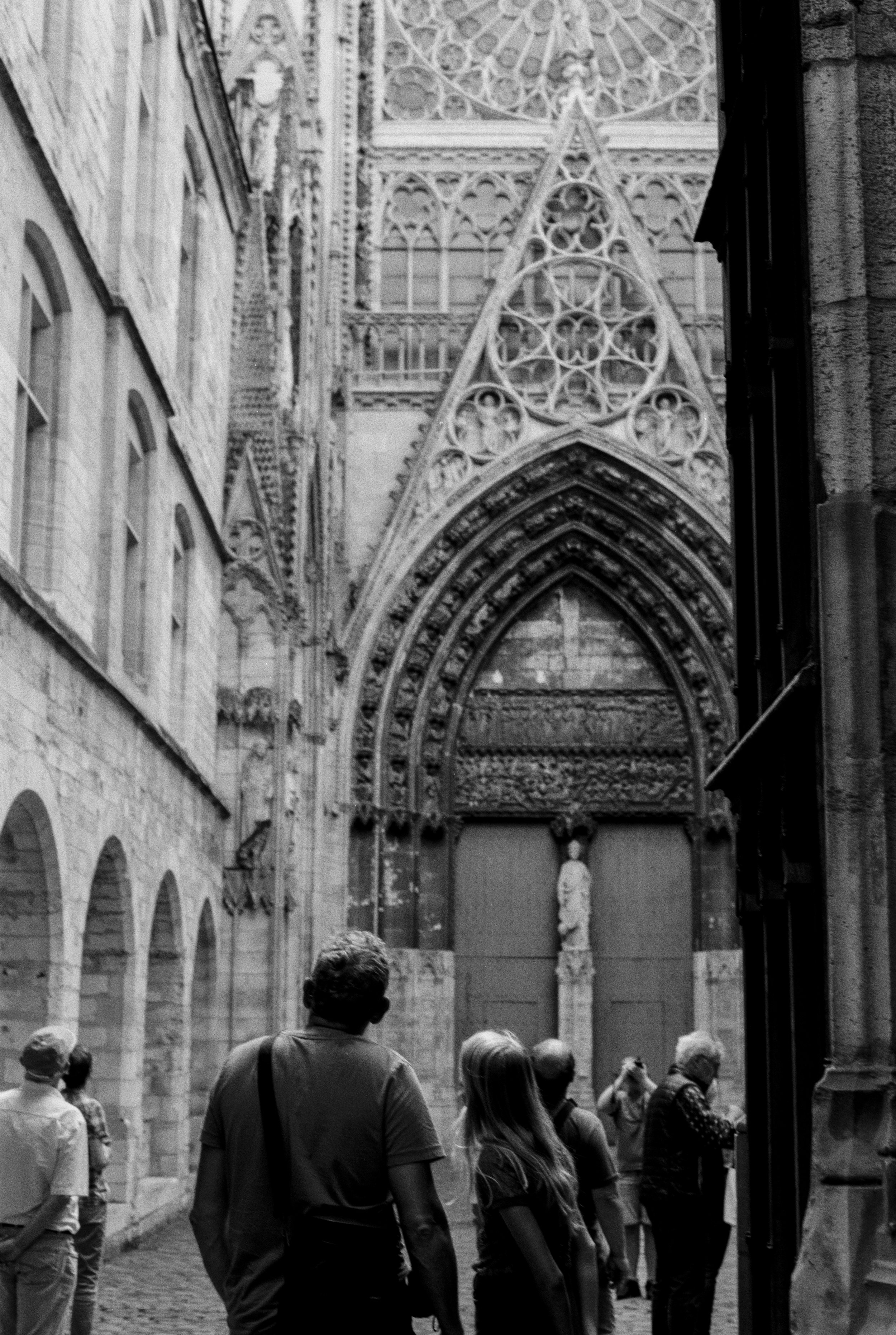 TaraShupe_NormandyFrance_MinoltaFilm_Vintage_002.jpg