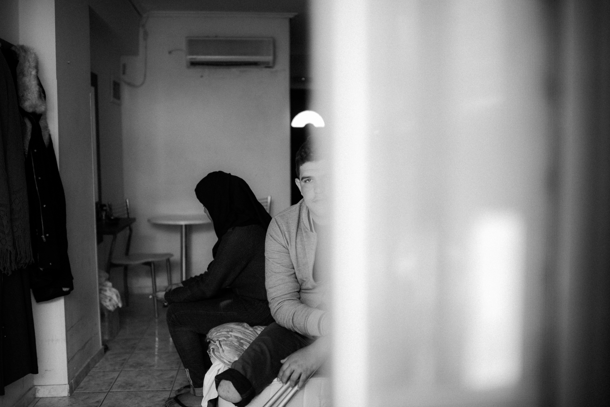 CarrytheFuture_Greece_Refugees_TaraShupePhotography_0018.jpg