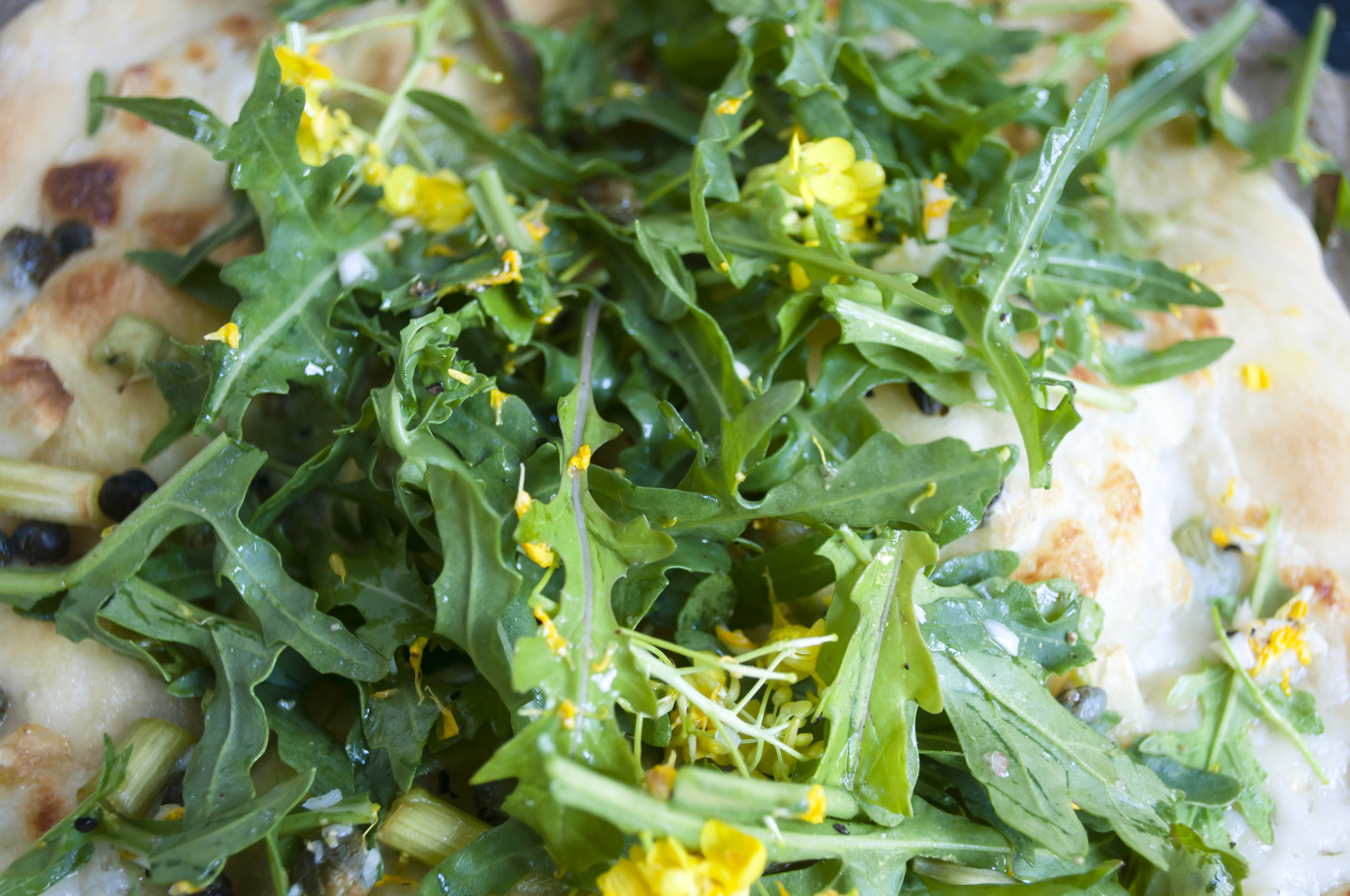 Summerfield Delight | White Pizza with Rapini and Arugula