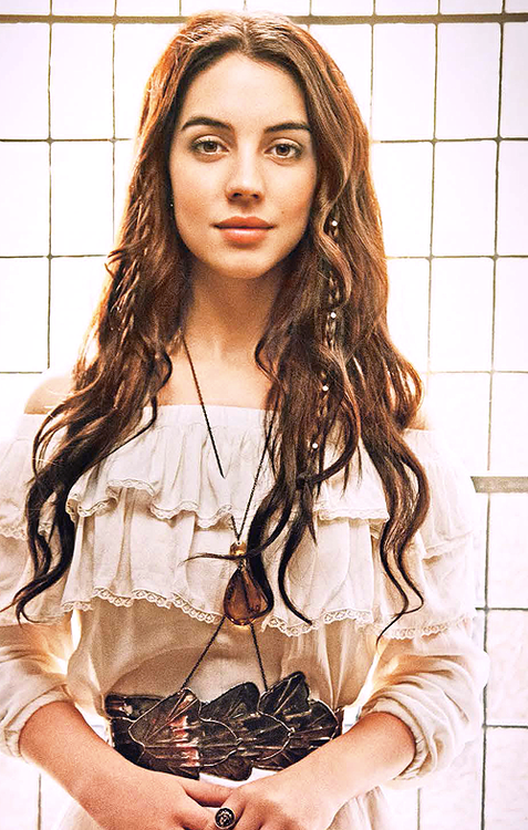 Adelaide Kane as Mary Stuart in CW's Reign wearing Dolorous Amber Crystal Bodychain