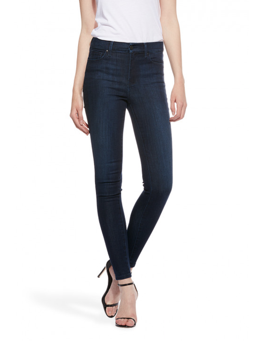 Love these High Rise jeans for everyday wear. From  Mott and Bow