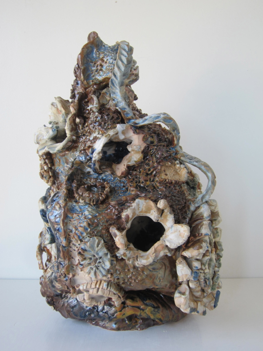 Untitled, 15x9x9 inches, stoneware and glaze, 2017. (06.106.CER) Produced in the spring in CO for exhibition Tidal at South Willard. Photo credit South Willard © Courtesy of Jasmine Little.  In private collection.