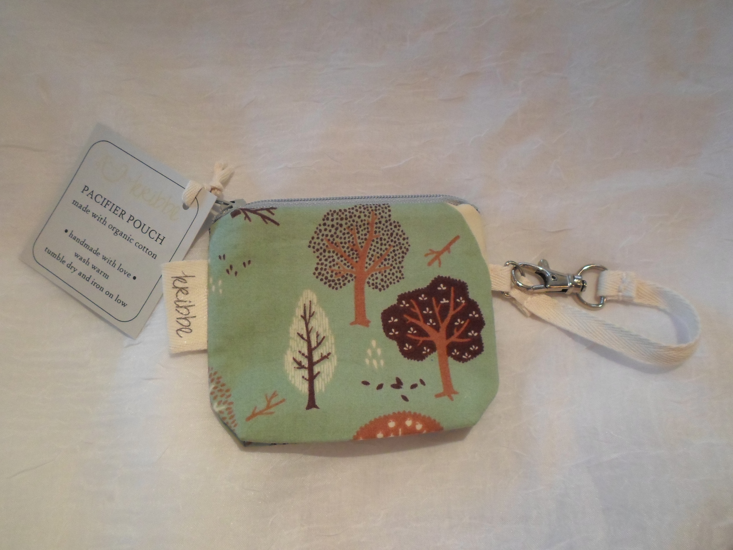 Kribbe Organic Pacifier Pouch - Locally Handmade   $10    Wants 1    PURCHASED