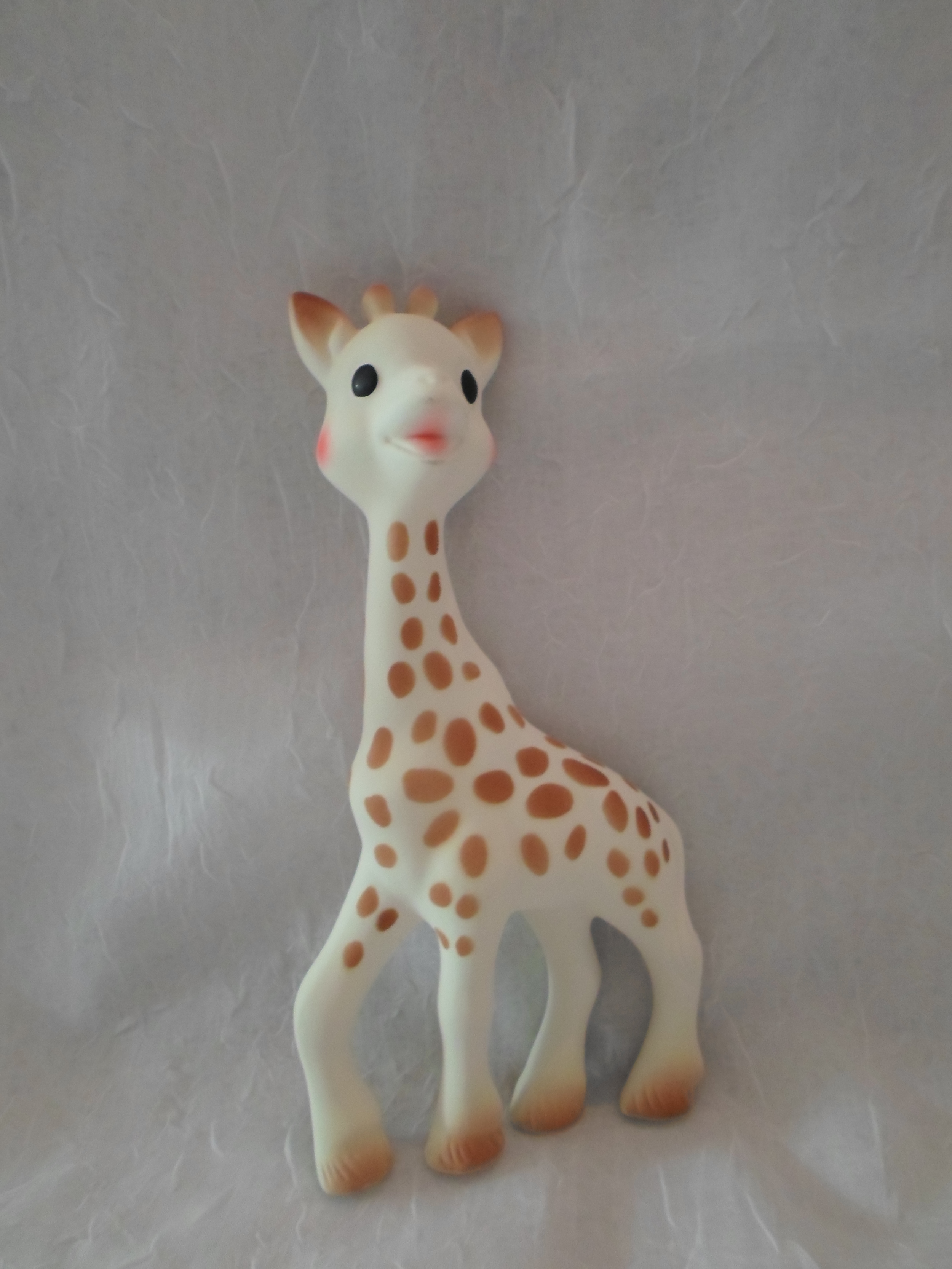 Sophie the Giraffe Natural Rubber Teething Toy    $25.95    Wants 1  PURCHASED