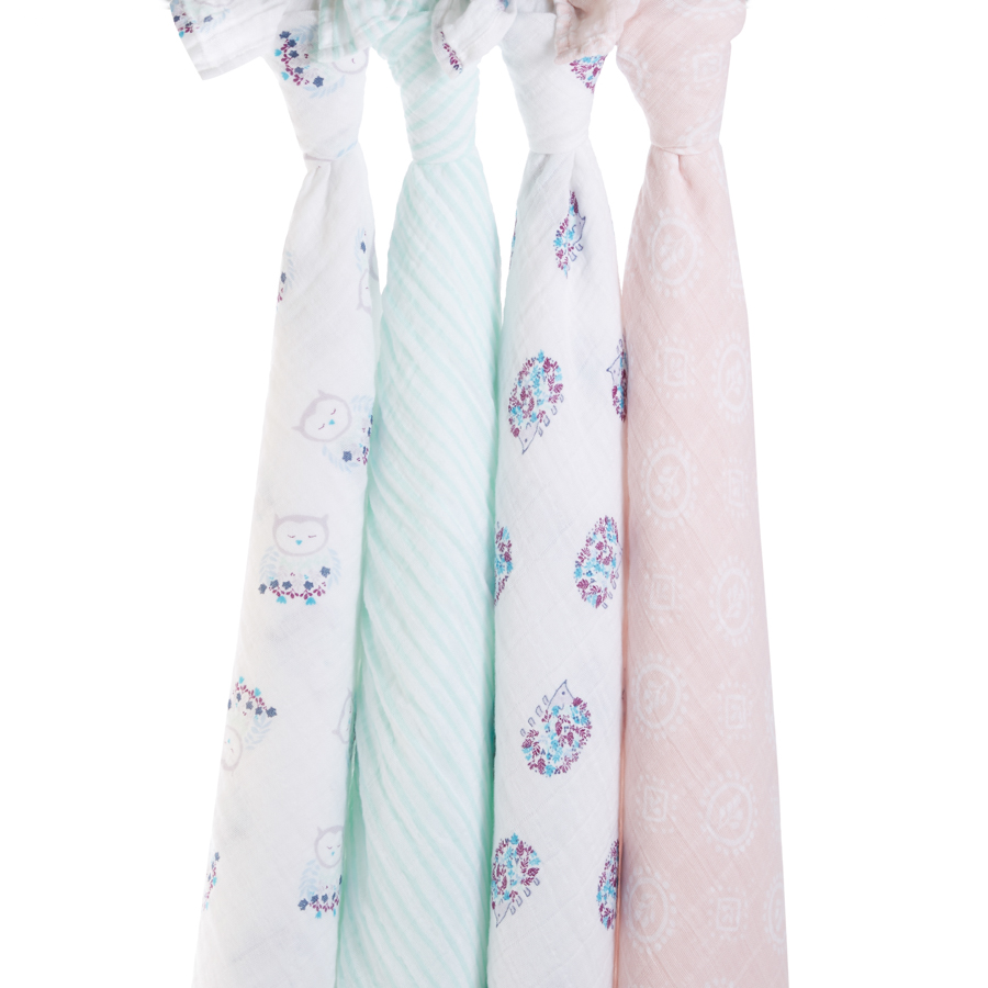 Aden & Anais 4pk Muslin Swaddle in Thistle    $49.95    Wants 1  purchased