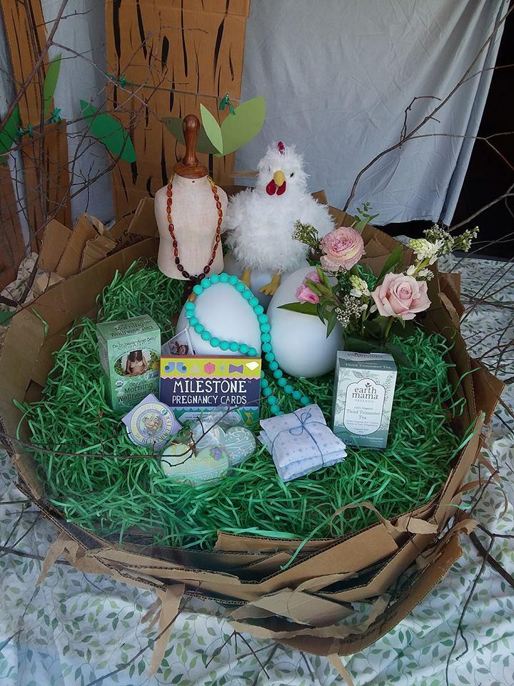 mama bird in nest.jpg