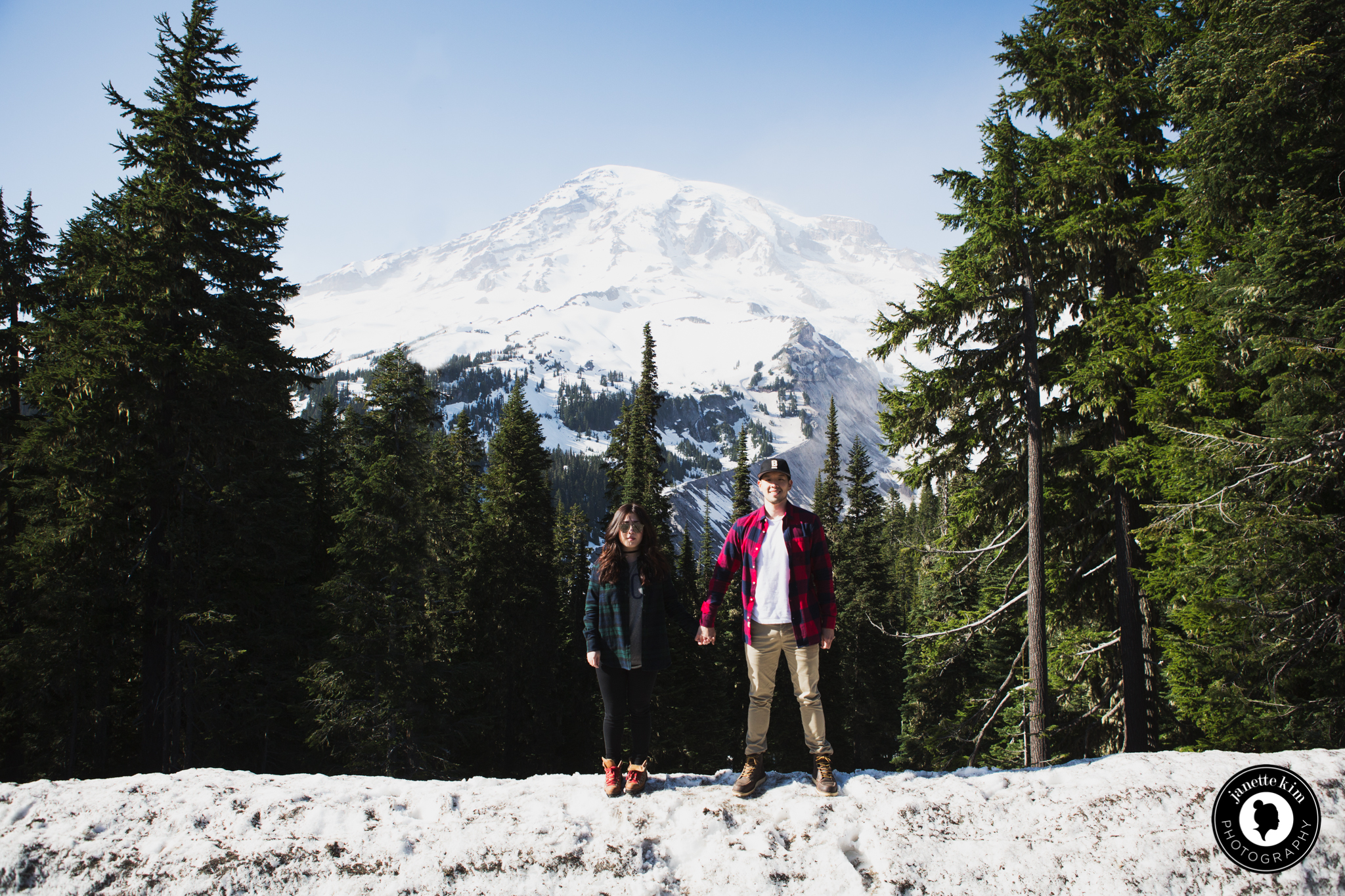 2016-04-30_Janette and Andrew_PNW-207.jpg