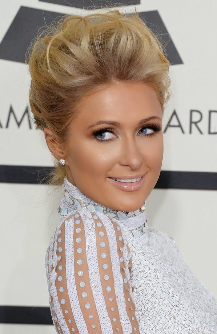 Paris Hilton, 56th Grammy's Red Carpet