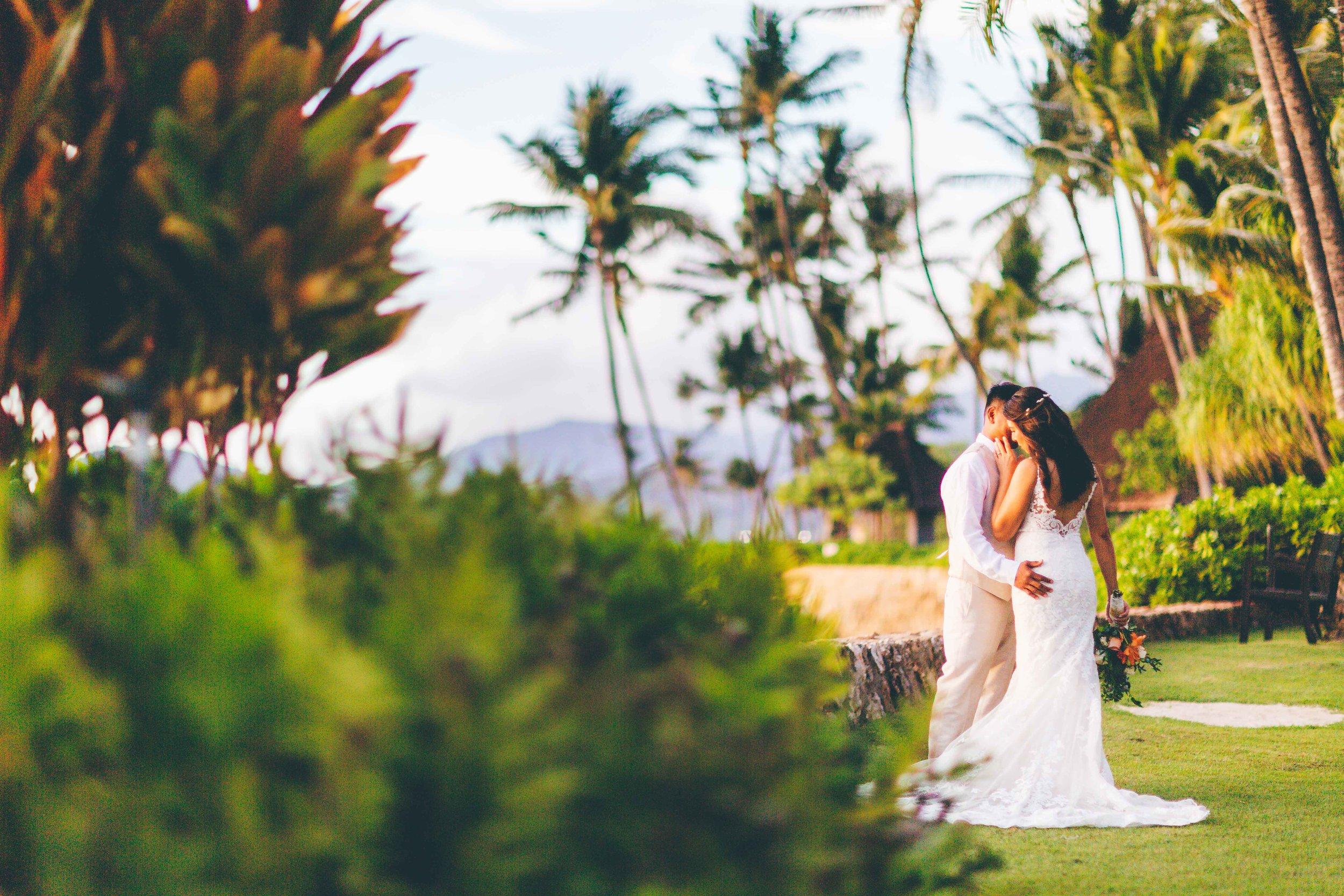 Lanikuhonua-wedding-photography-2.jpg