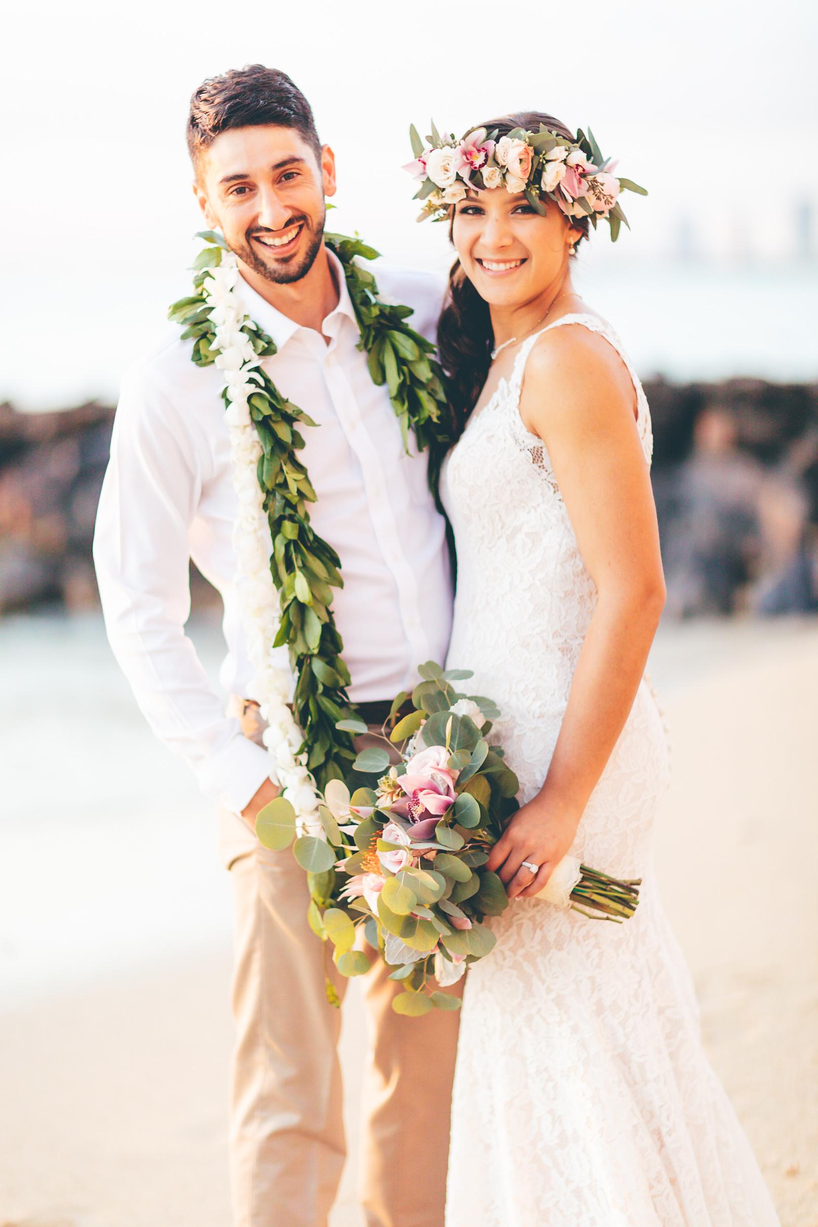 hawaii-destination-wedding-photographer-4.jpg