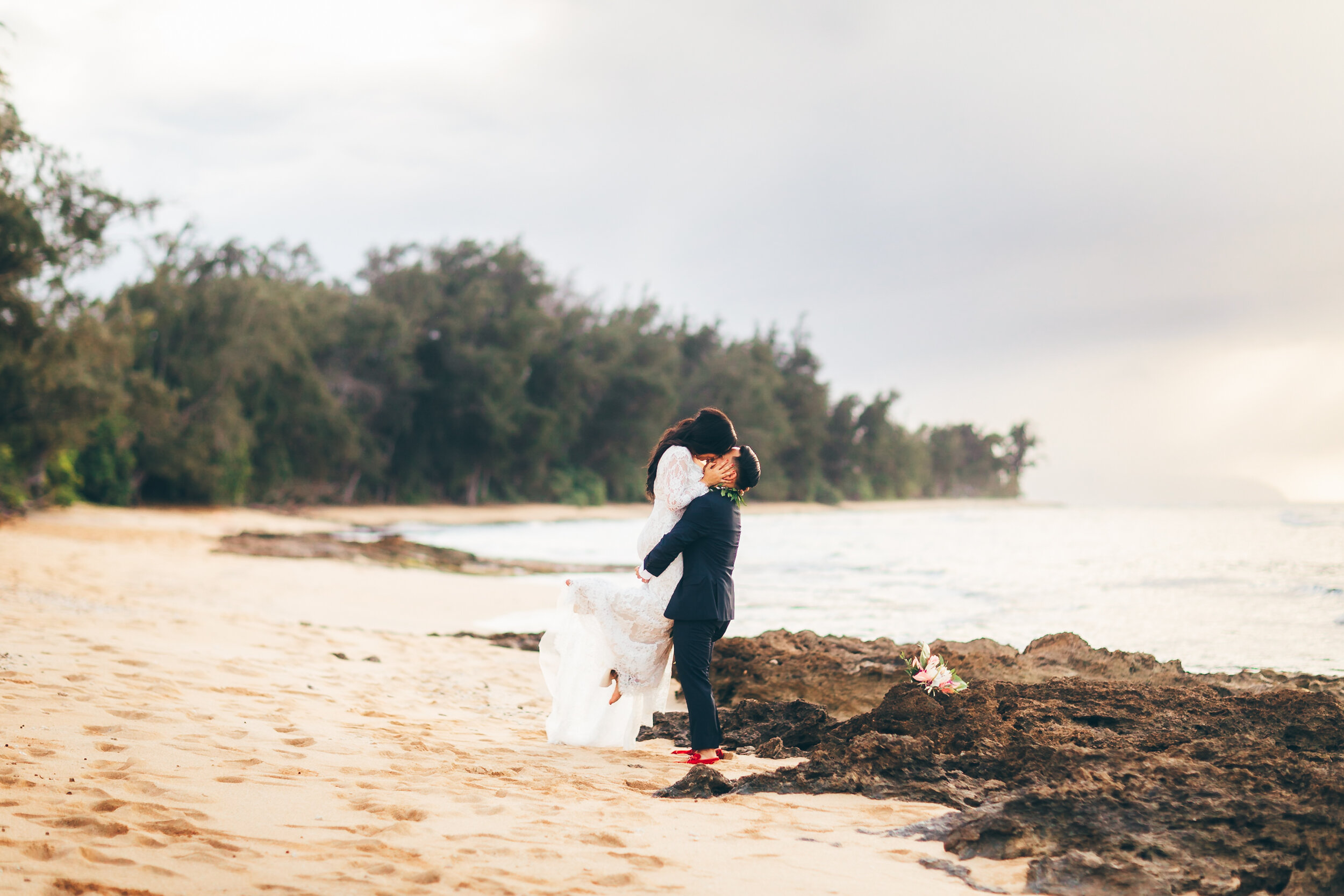 Loulu Palm Wedding - North shore hawaii destination wedding
