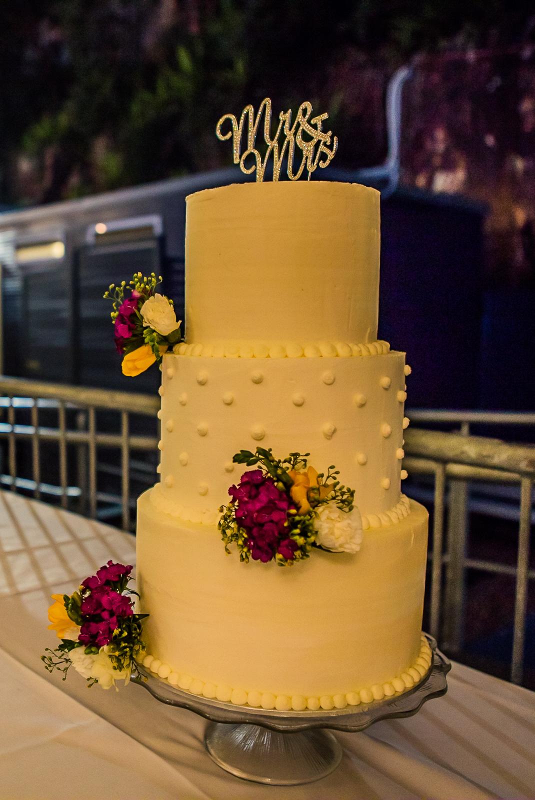 Kangaroo Point Wedding Cake Brisbane Photography