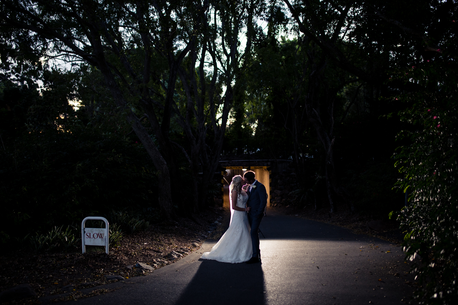 A silhouette image taken by J'adore weddings