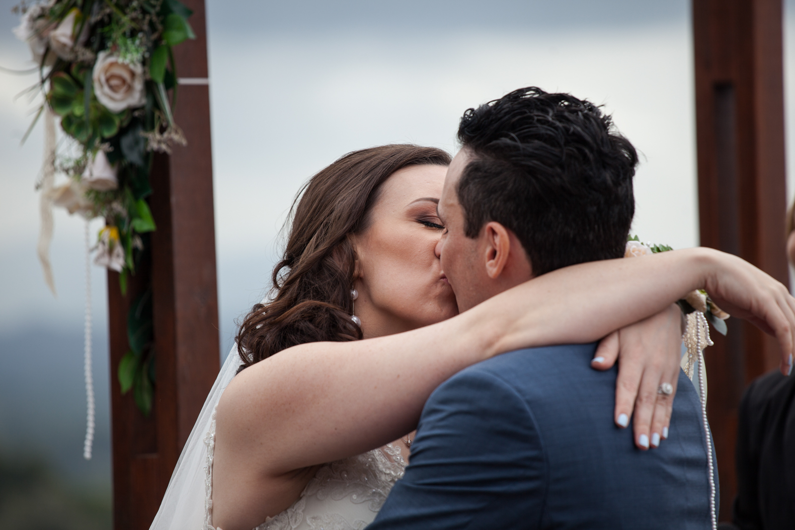 wintery first kisses after a Byron Bay Afternoon Wedding
