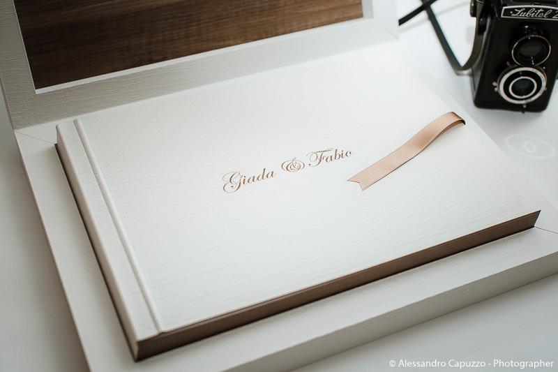 youngbook-pasta-di-legno-graphistudio-002.jpg