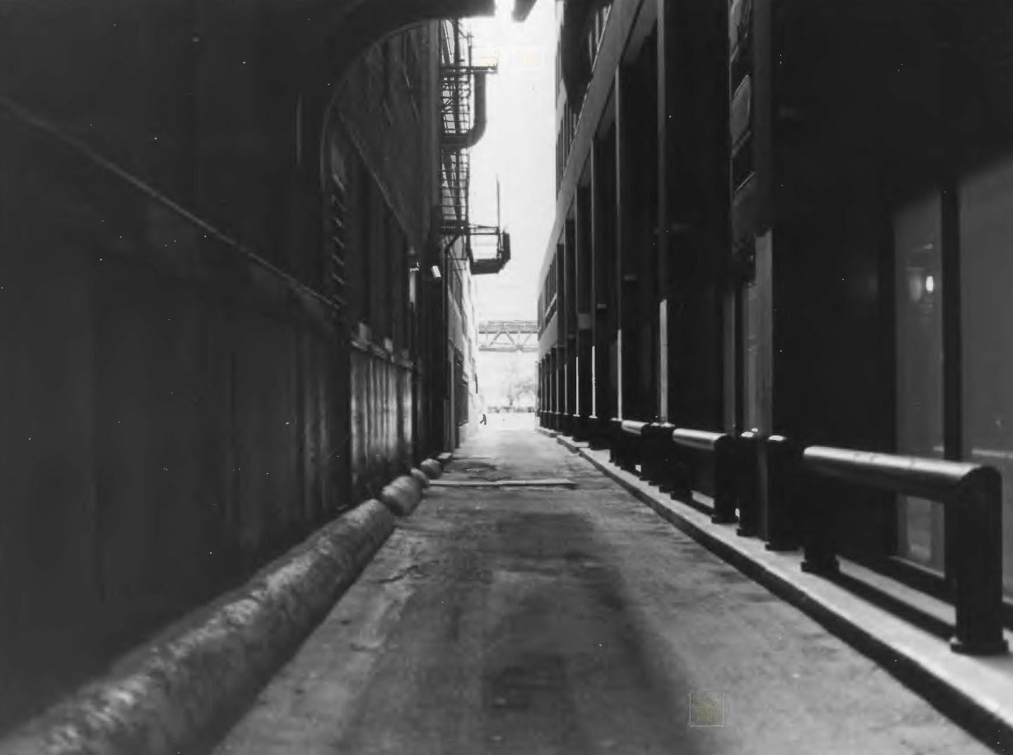 Alley 3.jpg