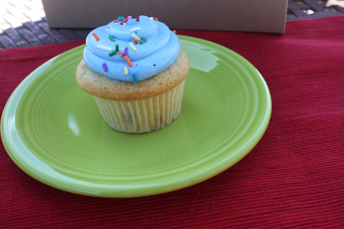 The cupcake known as Cake Batter / Photo credit: Susannah Breslin