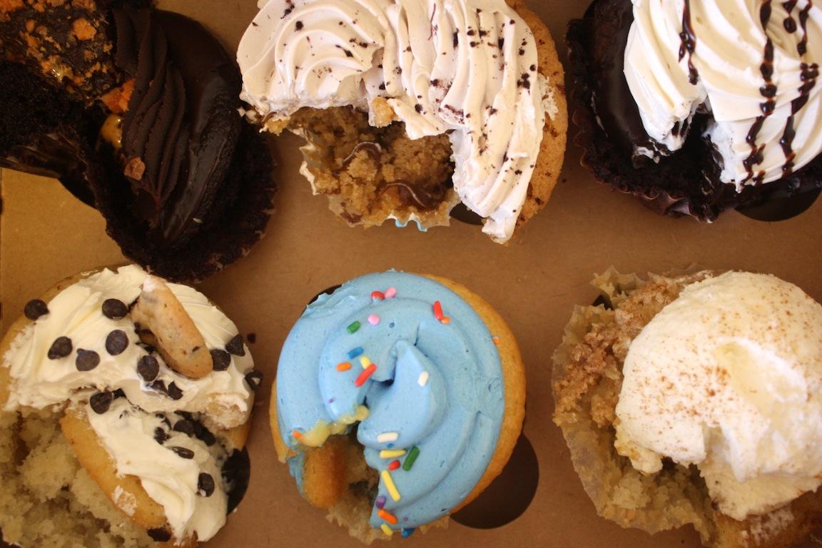 So many cupcakes, so few stomachs / Photo credit: Susannah Breslin