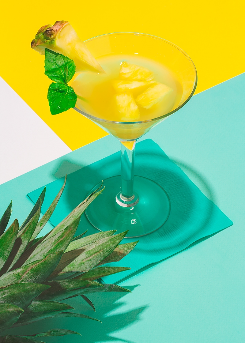 absolut_frozen-fruit-garnishes_pineapple.jpg