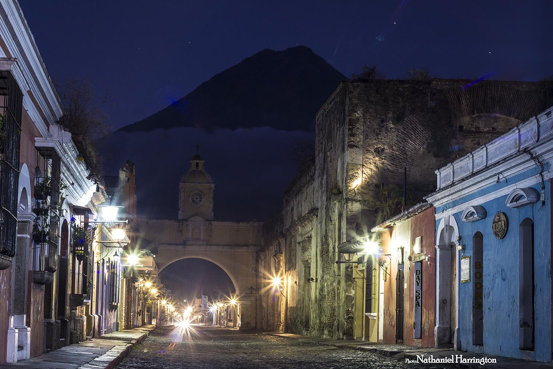 IMG_0968_thearchofAntigua_Guatemala_NathanielHarrington.jpg