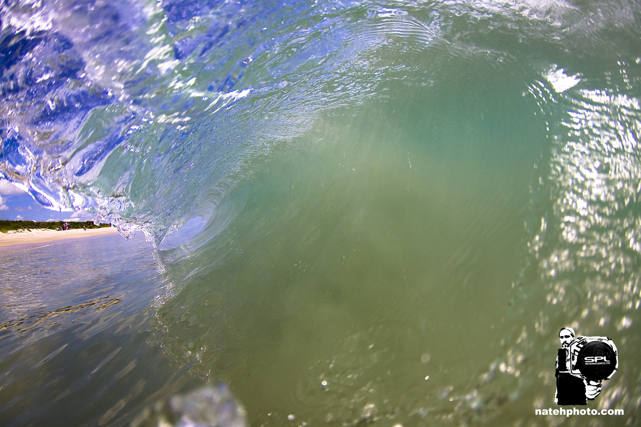 _MG_1303_Shorebreak_10mm_CrystalClear_VeroBeachFlorida_natehphoto.jpg