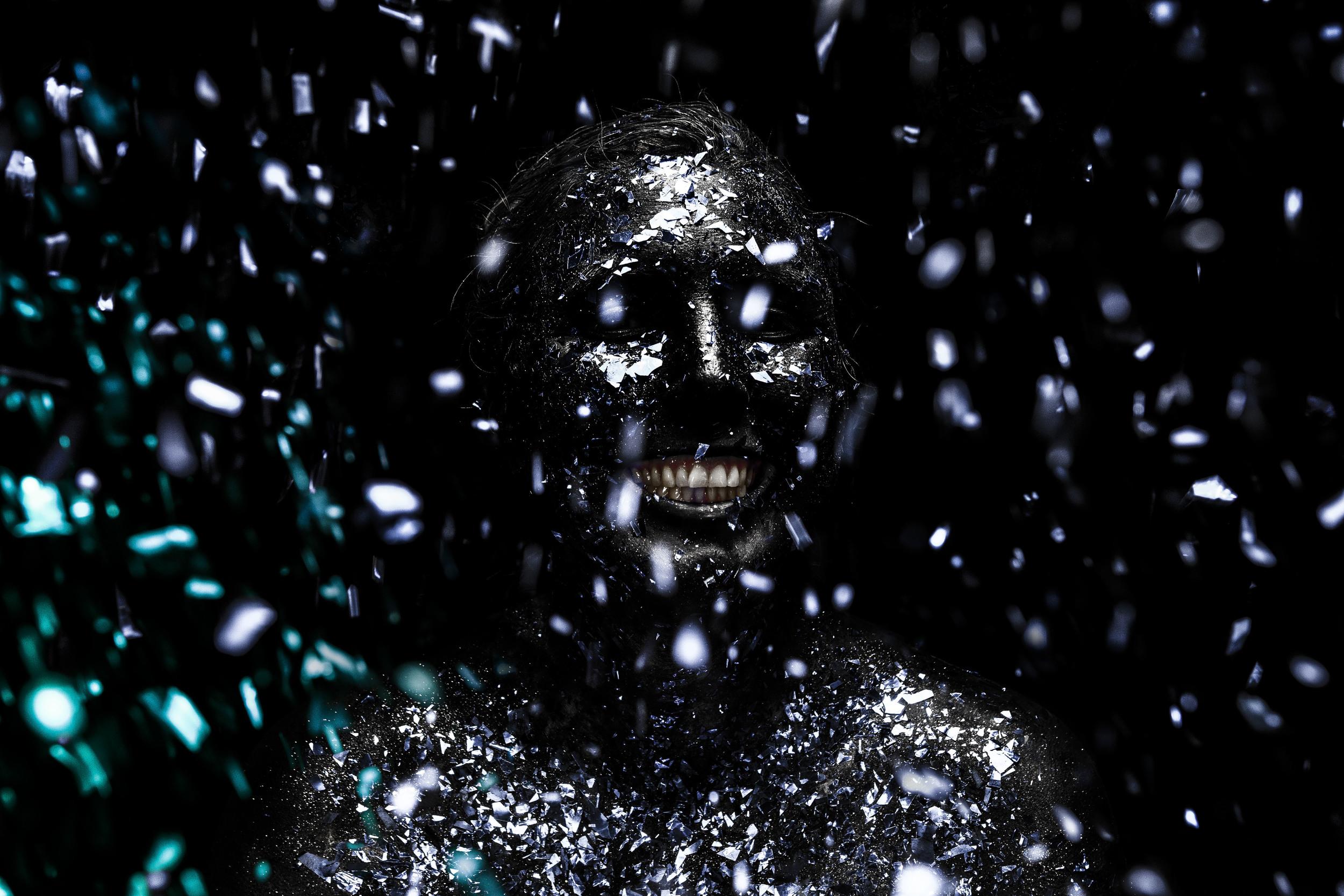 Cherushii_dark glitter