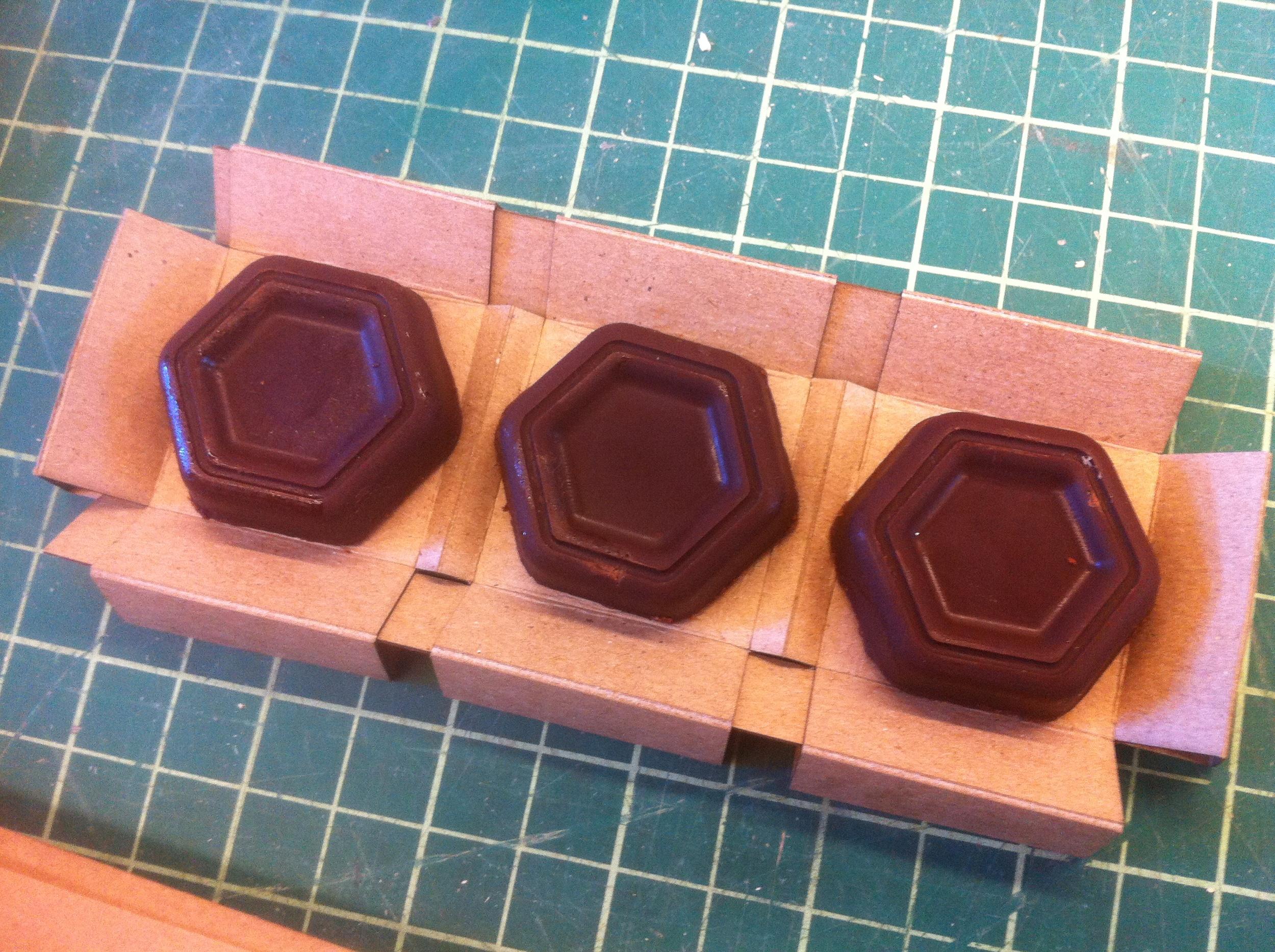 COMPLETE CHOCOLATES