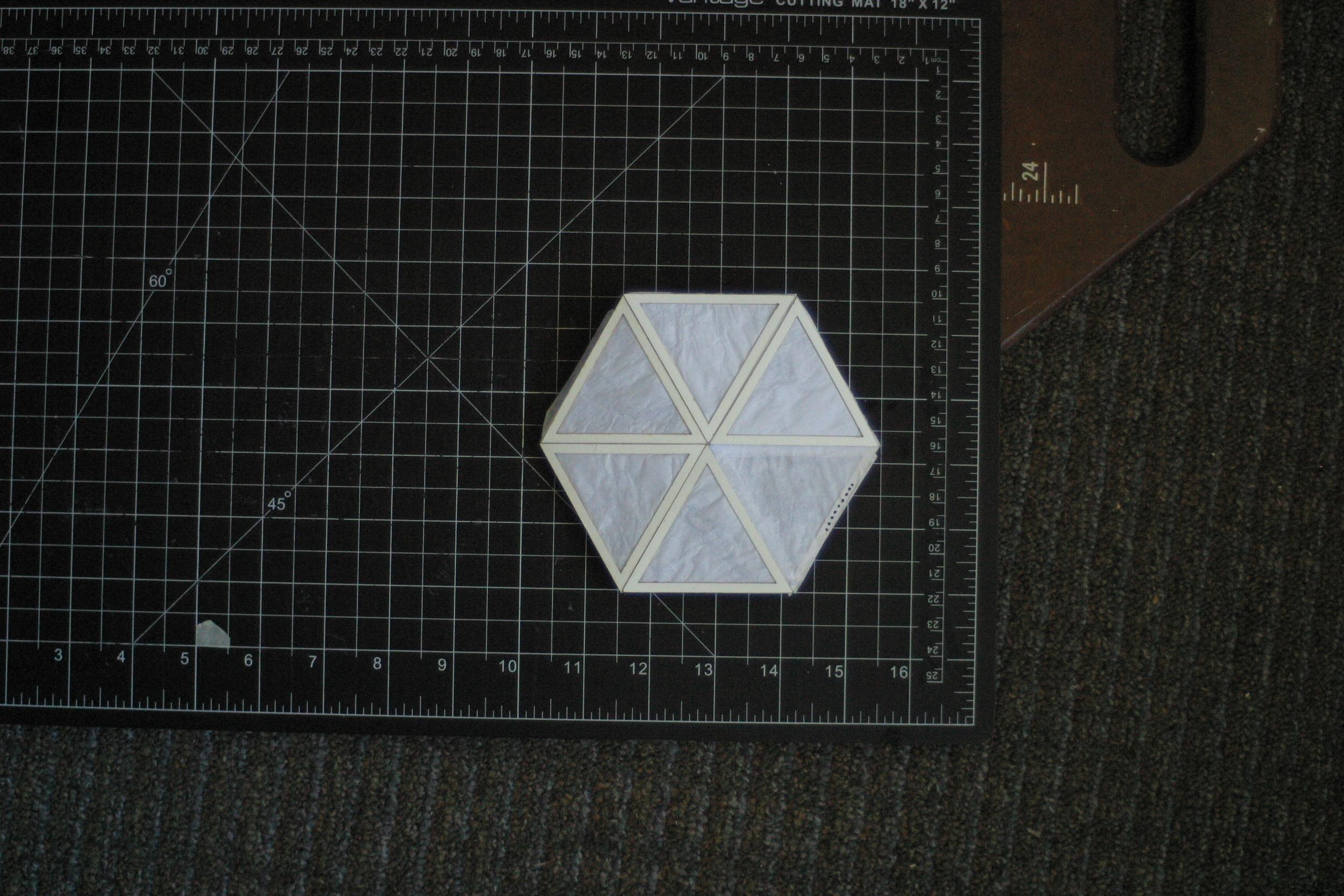 flatpack-lamp_01.jpeg