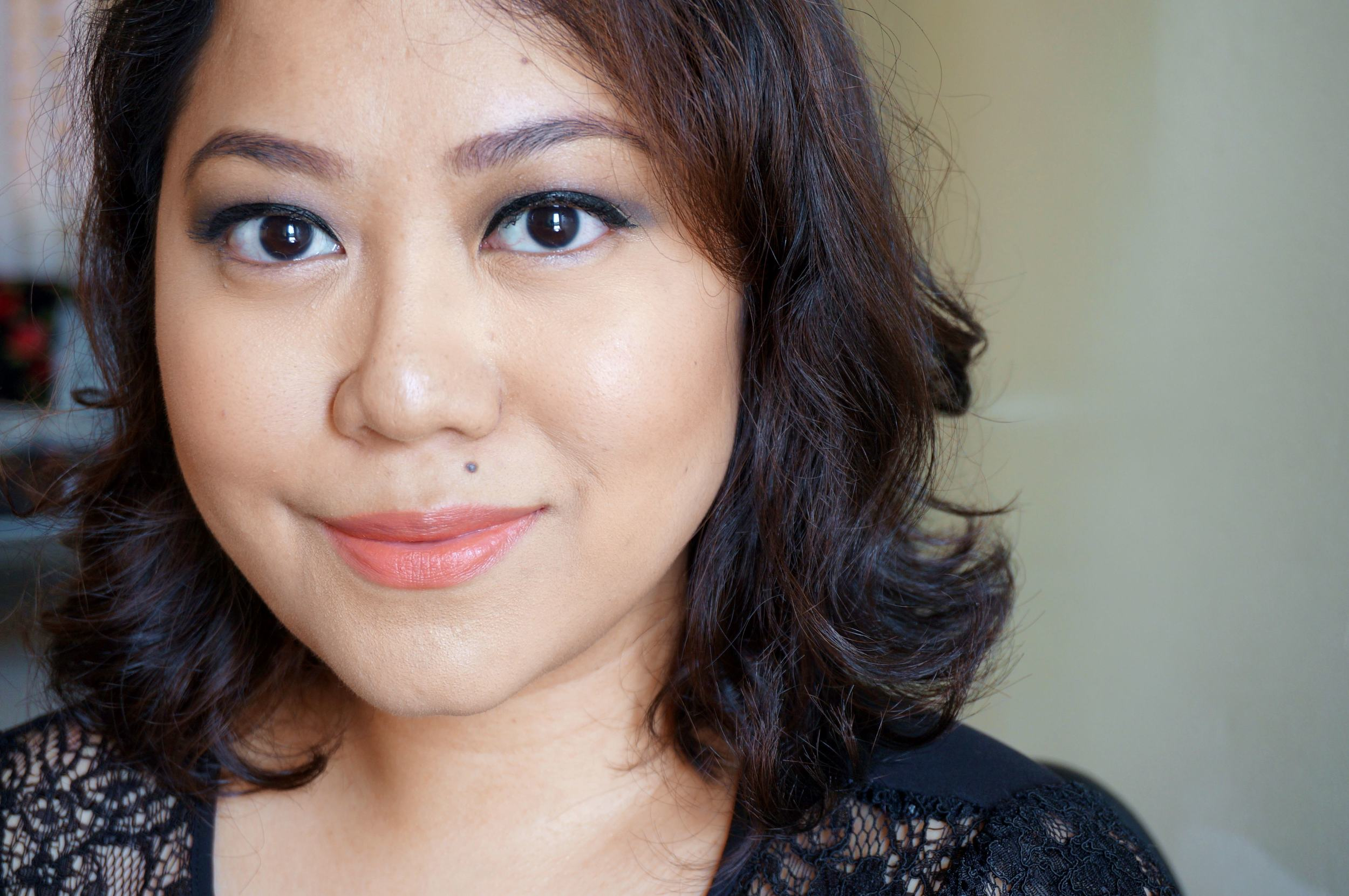 Here's Earthy Beige on my lips. It gives a demure and elegant vibe to the look, which makes it perfect for day time events.