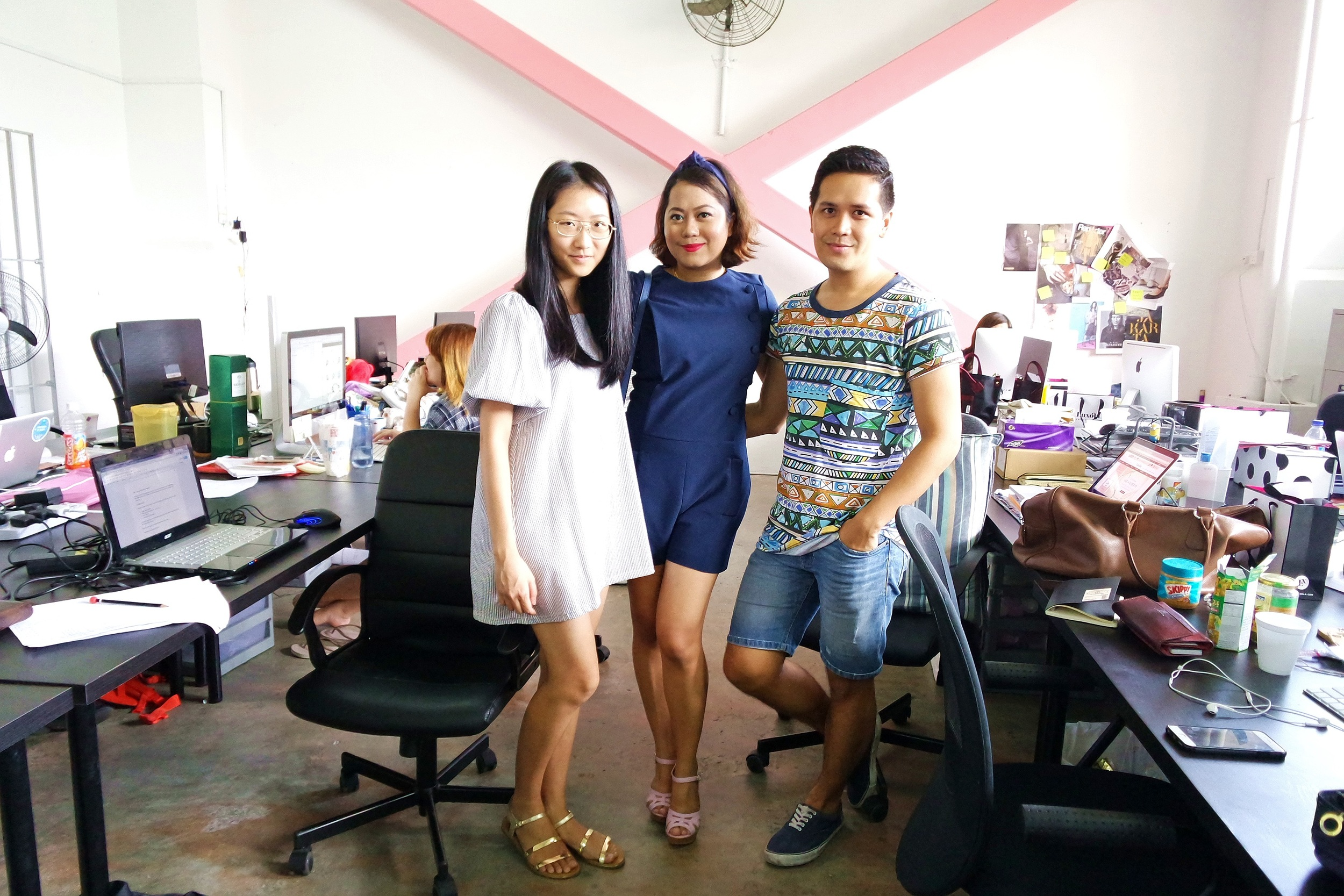 New friends: Weina Leong, who toured me around the HQ, and Paul Dela Merced, who is the Editor-In-Chief of LX Edit.