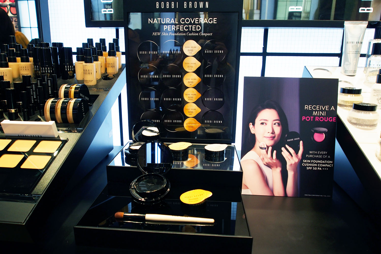 Bobbi's newest  Skin Foundation Cushion Compact  on display (we've reviewed it  here !)