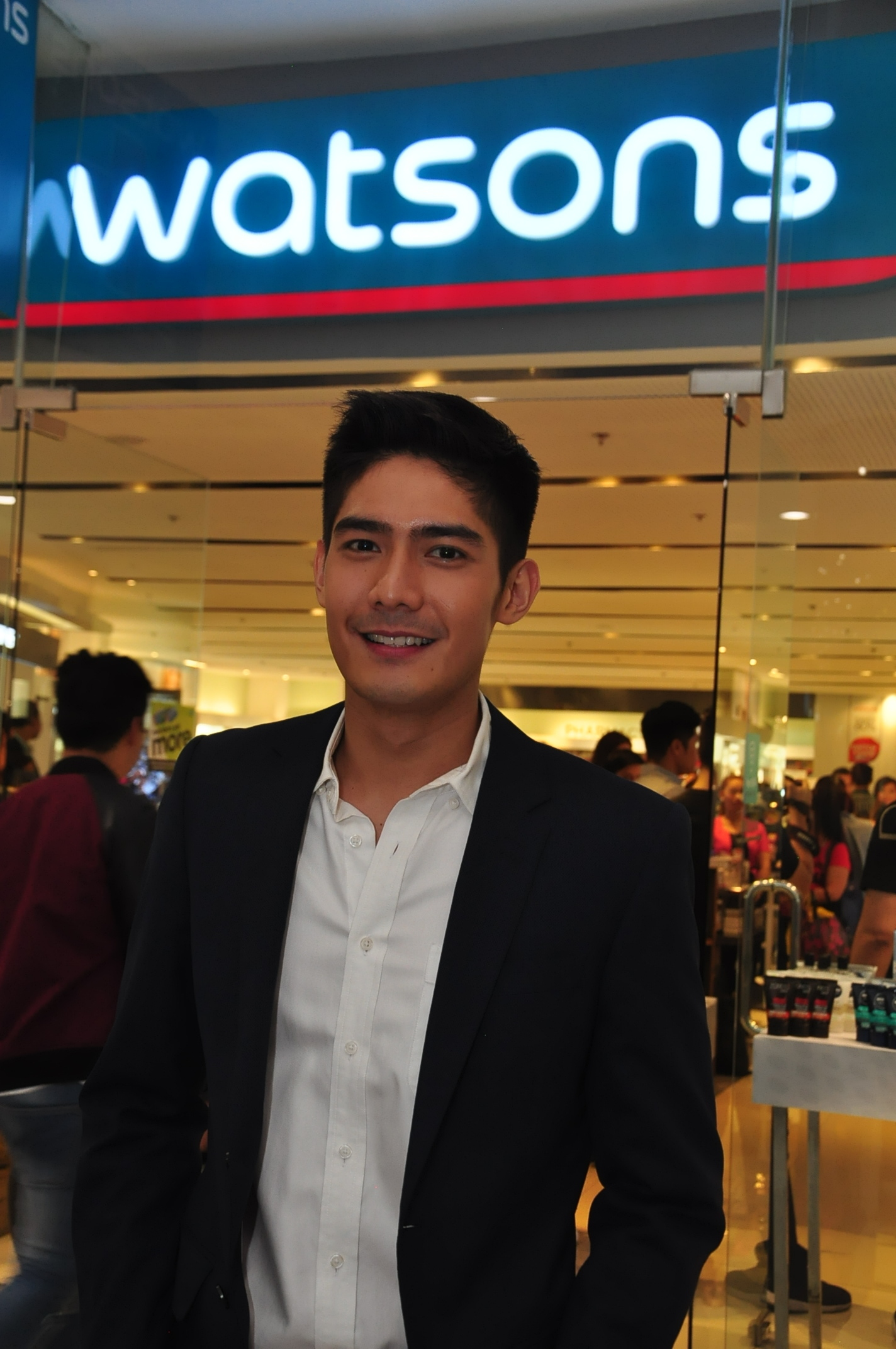 Robi Domingo Belo Endorser.JPG