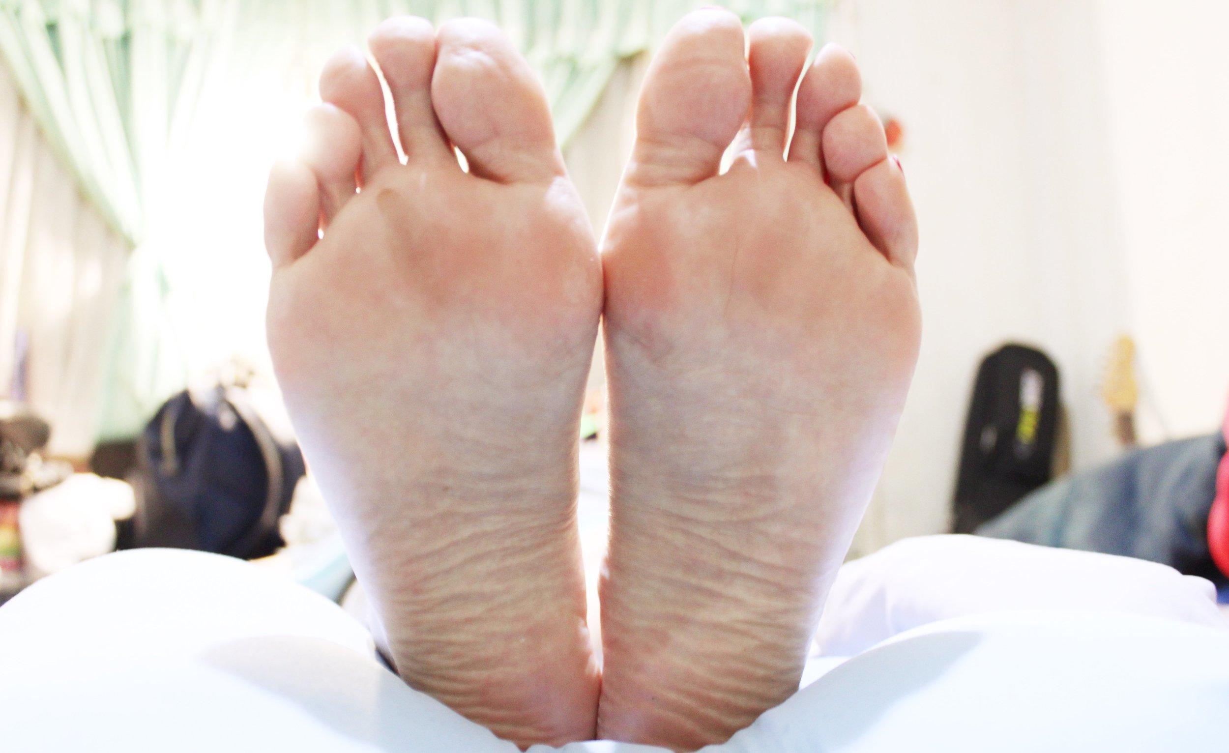 Baby feet, achieved.