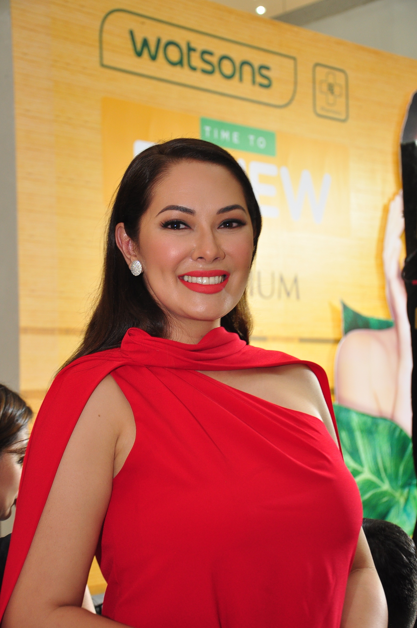 Cosmo Skin Ambassador  Beauty Ruffa Gutierrez.JPG