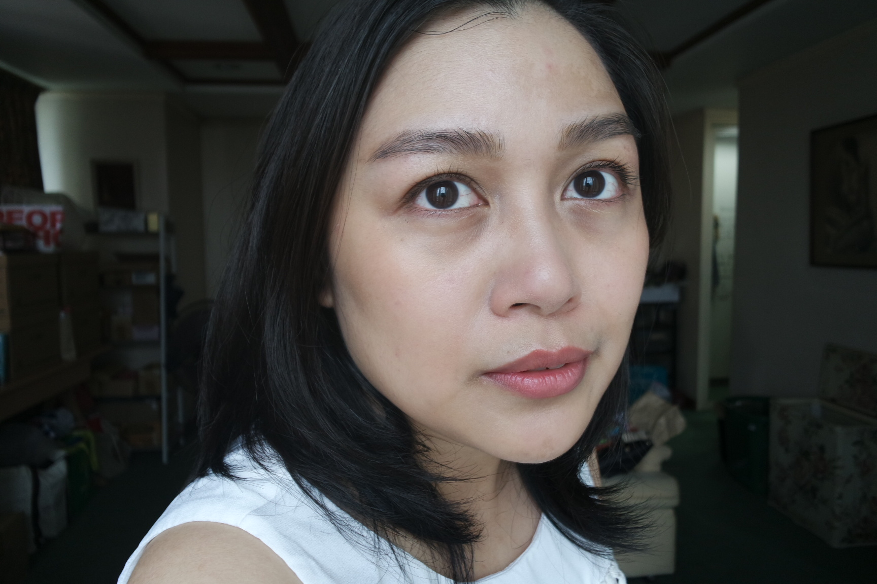Applied the finishing cream prior to makeup then mixed it with foundation