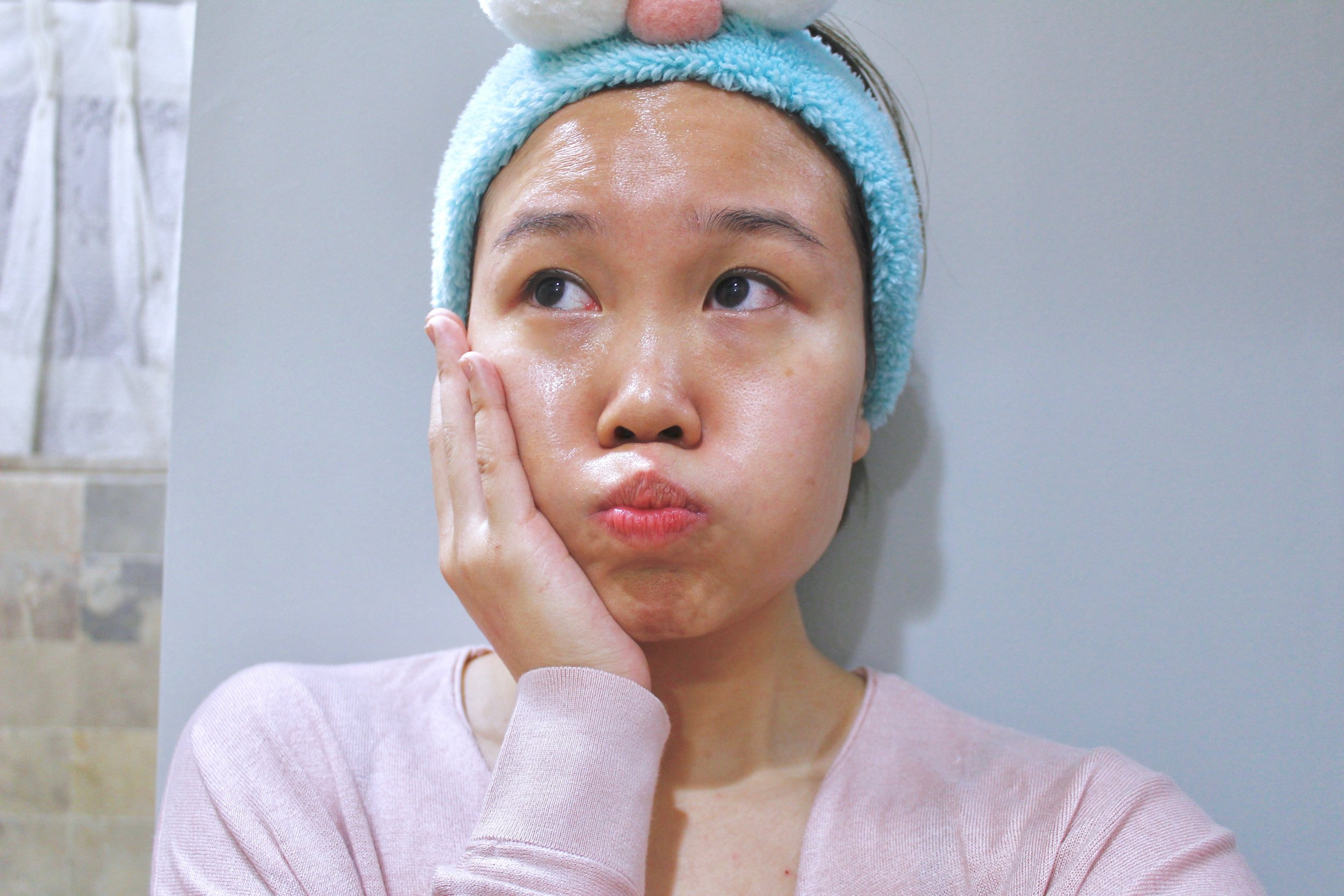 My skin looks so glowy, post tea-tree masking!