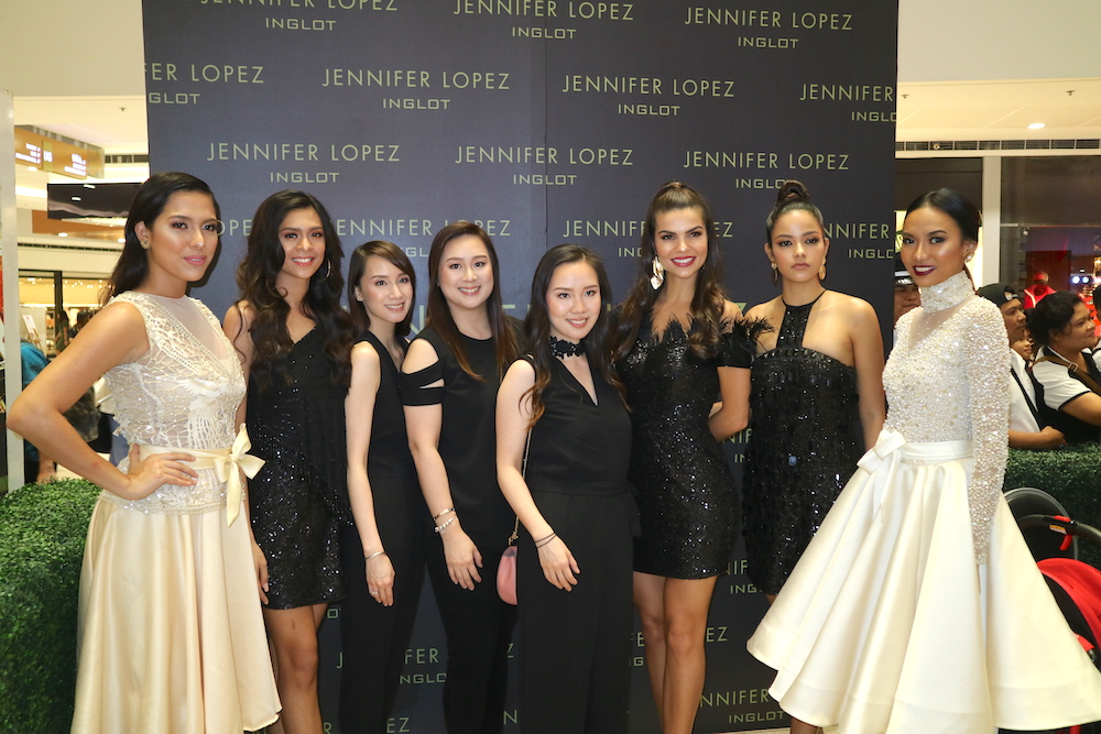 The Laverne sisters pose with Inglot muses. From left: Ilene de Vera (Miss Asia Pacific International 2017, 4th RU), Eloisa Jauod (Catwalk Philippines 2018), Pauline Laverne Lim, Michelle Laverne Lim-Gankee, Hazel Laverne Lim-Lee Hok, Francielly Ouriques (Miss Asia Pacific International 2017), Valeria Cardona (Miss Asia Pacific International 2017, 2nd RU), Annalita Vizcara