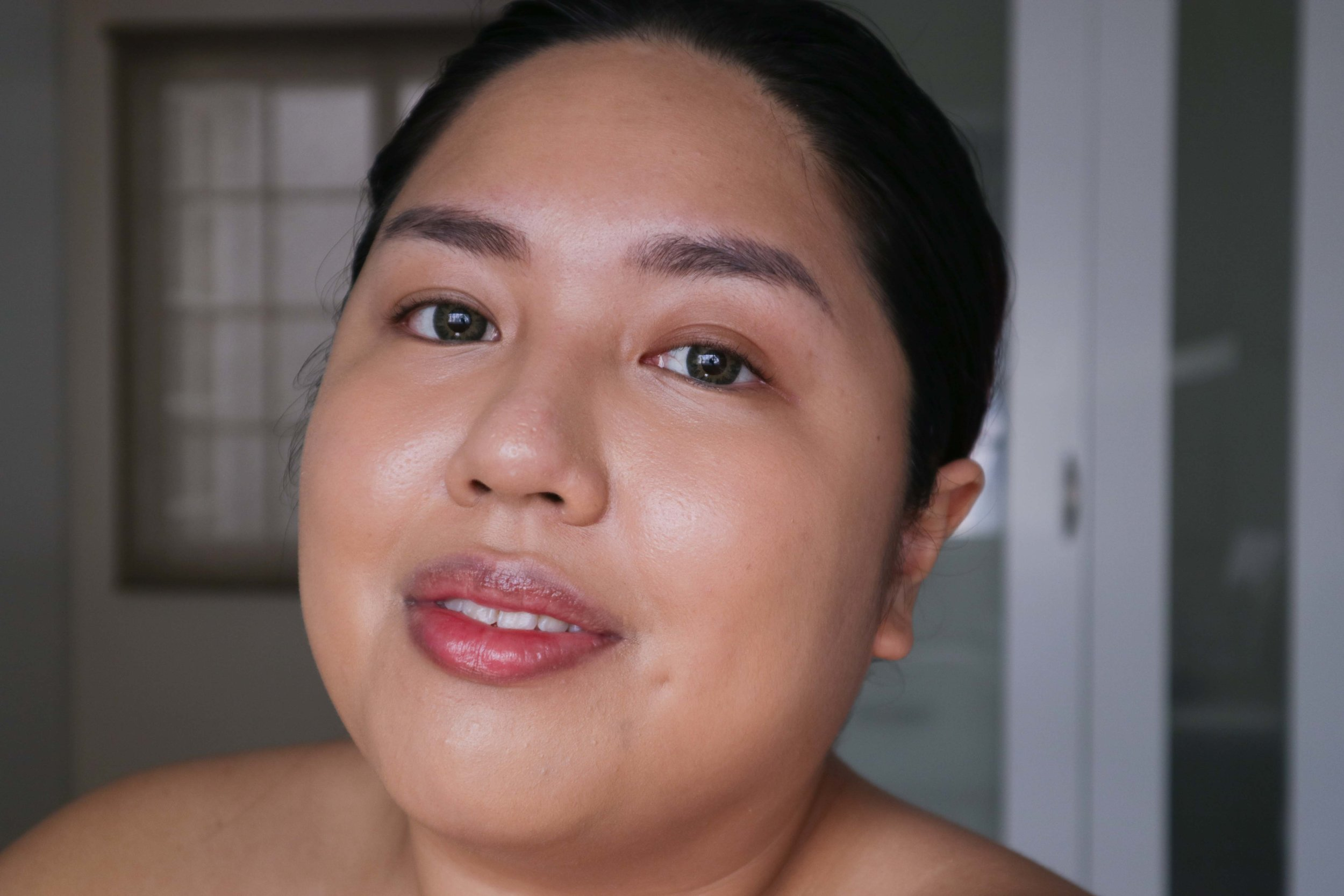 One layer of the Guerlain L'Essentiel Foundation without powder