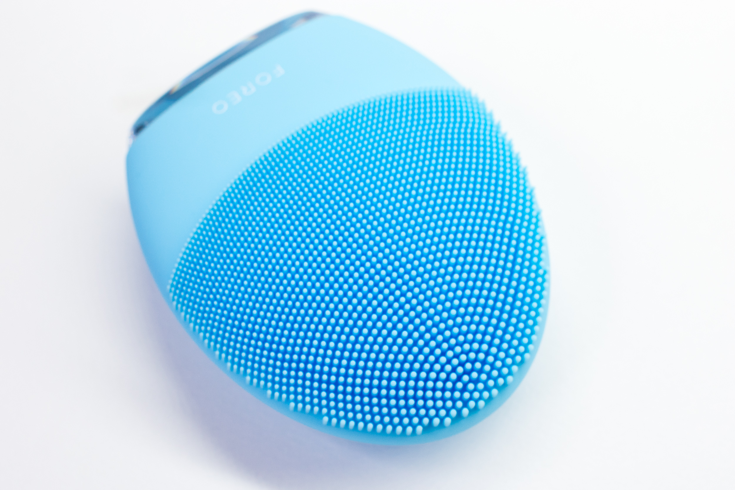foreo-luna-3_facial-gadget_swedish-brand_review-philippines_2019-9.JPG