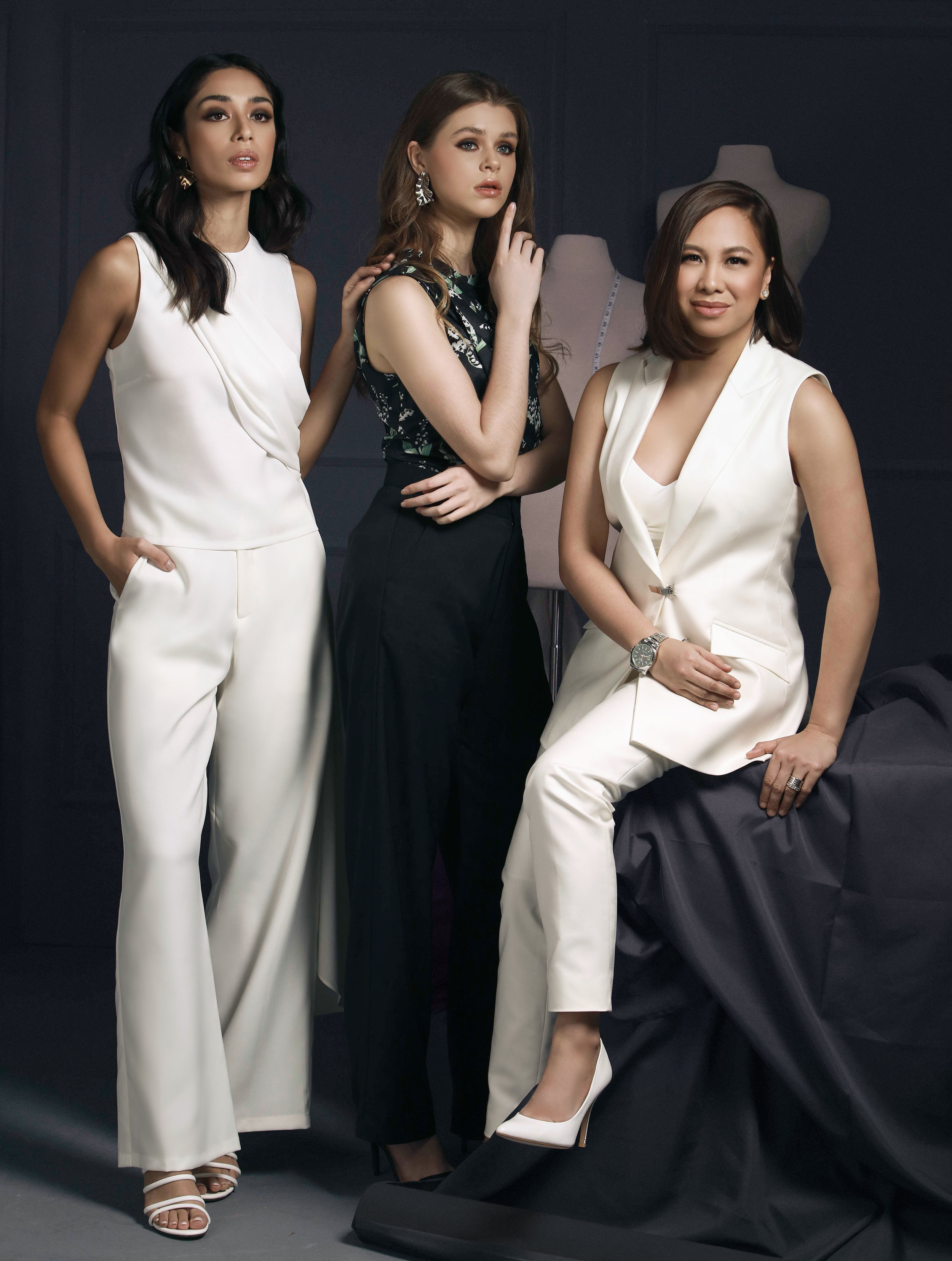 Maureen Disini's all-white Rebecca (P2998) contrasts with the dark and printed Joanna (P2998).