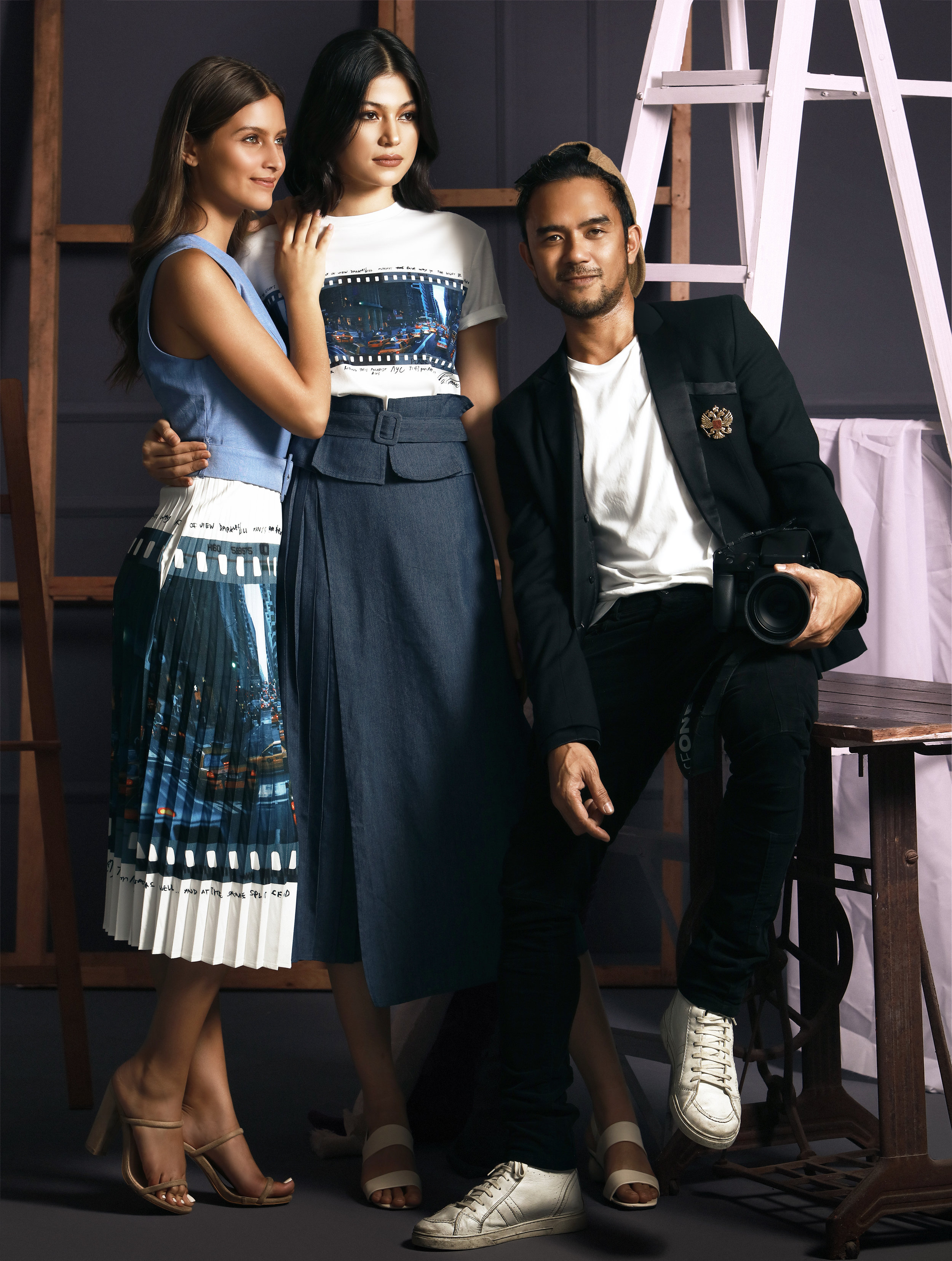 Mark Nicdao showcases a digital print of the city that never sleeps in the New York dress (P2998) and Manhattan shirt and culottes set (P2998).