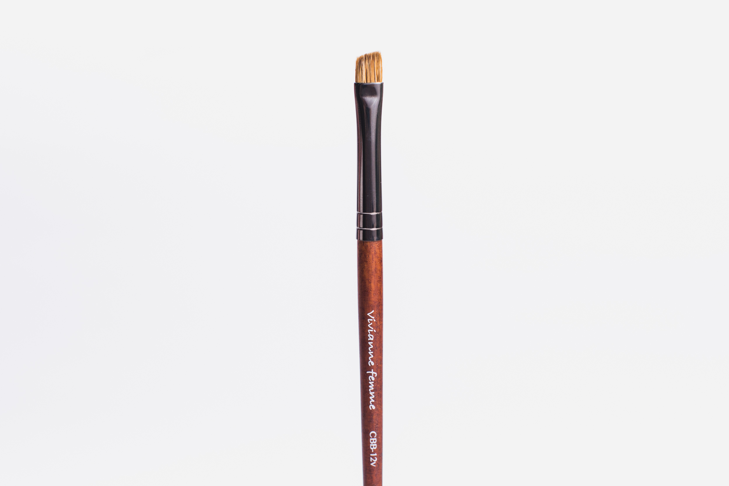 Vivianne Femme Angled Eye Brow Brush (P445)