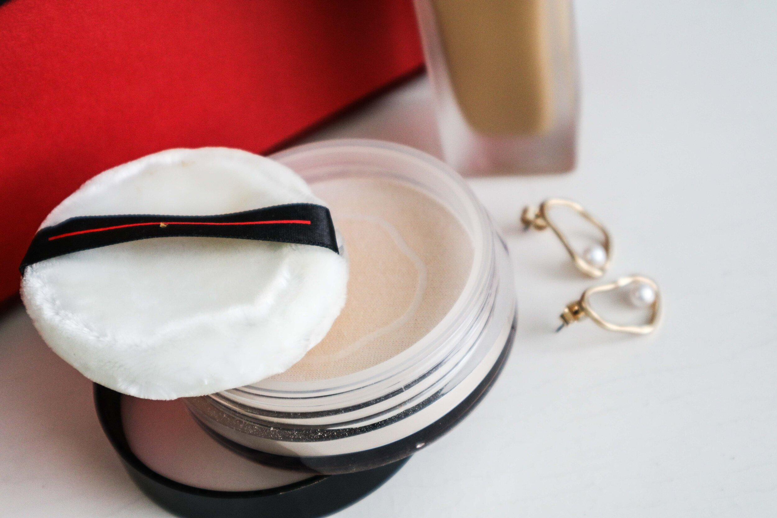 1909-Shiseido-Self-Refreshing-Foundation-15-powder.jpg